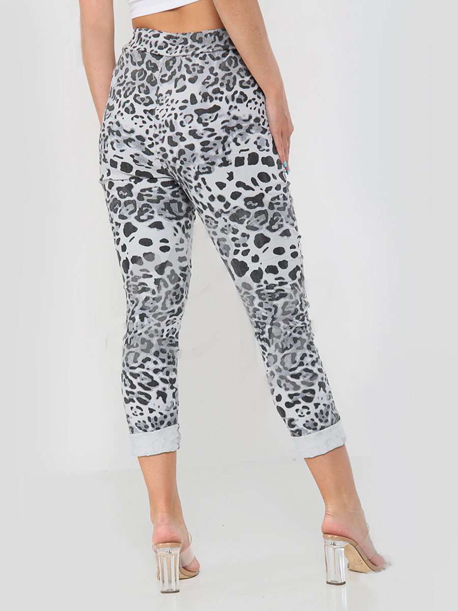 8115 Leopard Print Magic Joggers