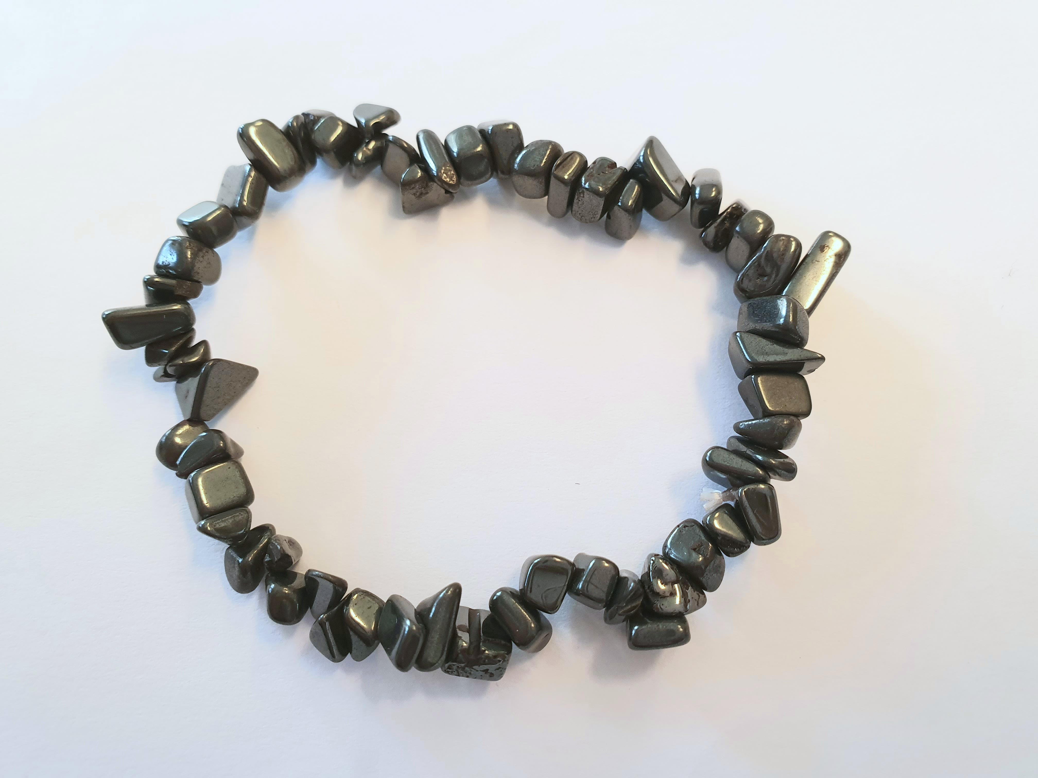 Armband av stenchips - Hematit