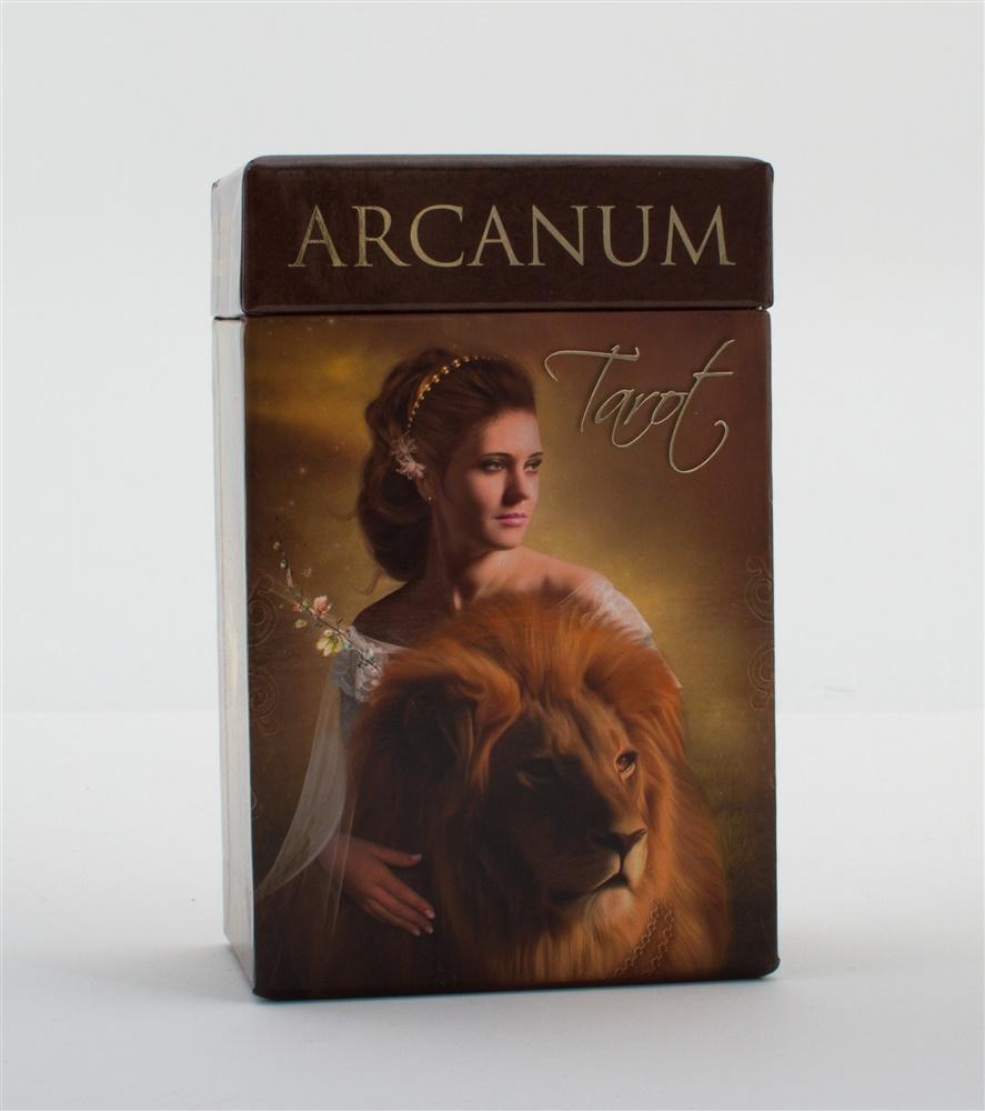 Arcanum Tarot + booklet