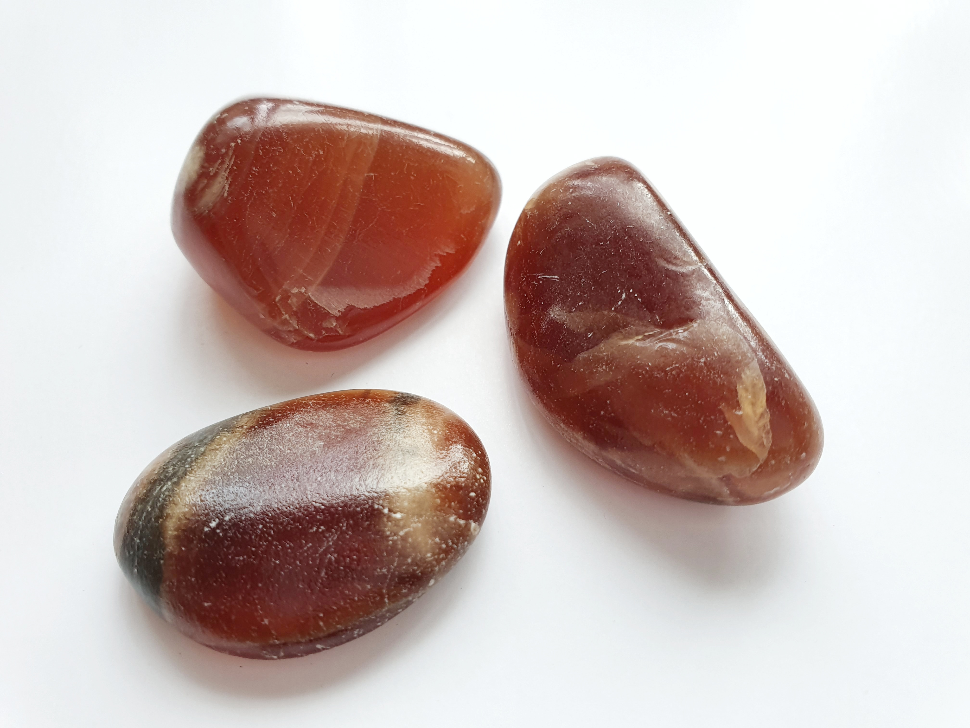 Röd kalcit - trumlad