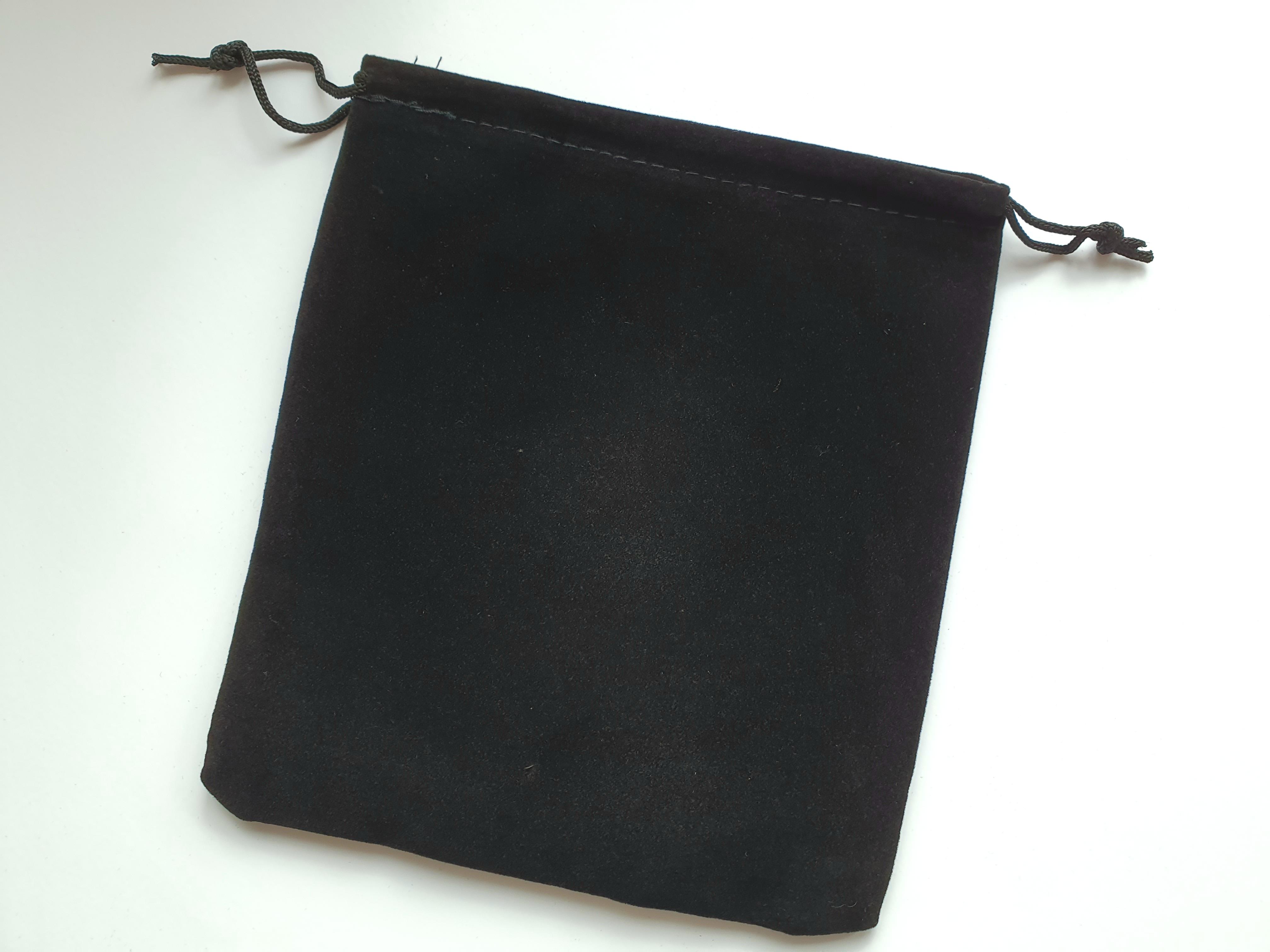 Sammetspåse stor svart 15x17 cm