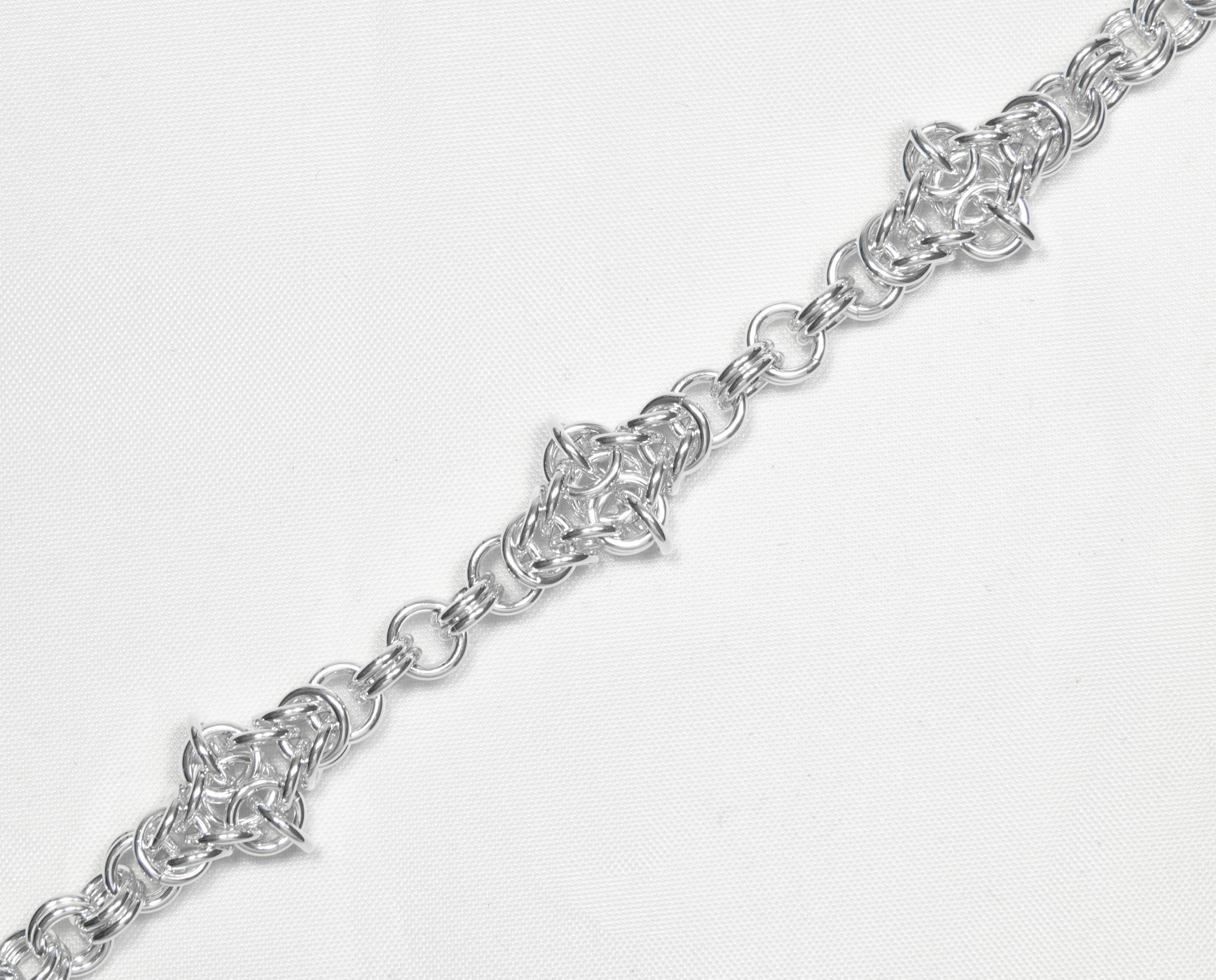 Kors - armbånd sølv