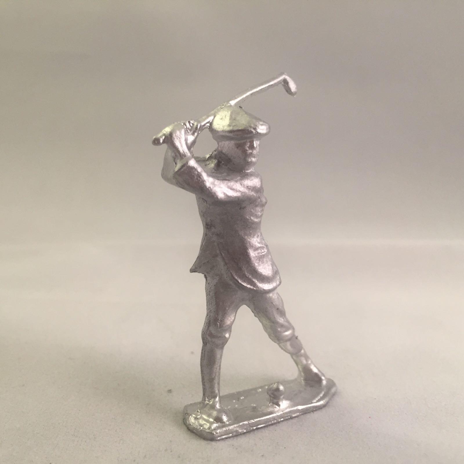 B54. Golfer
