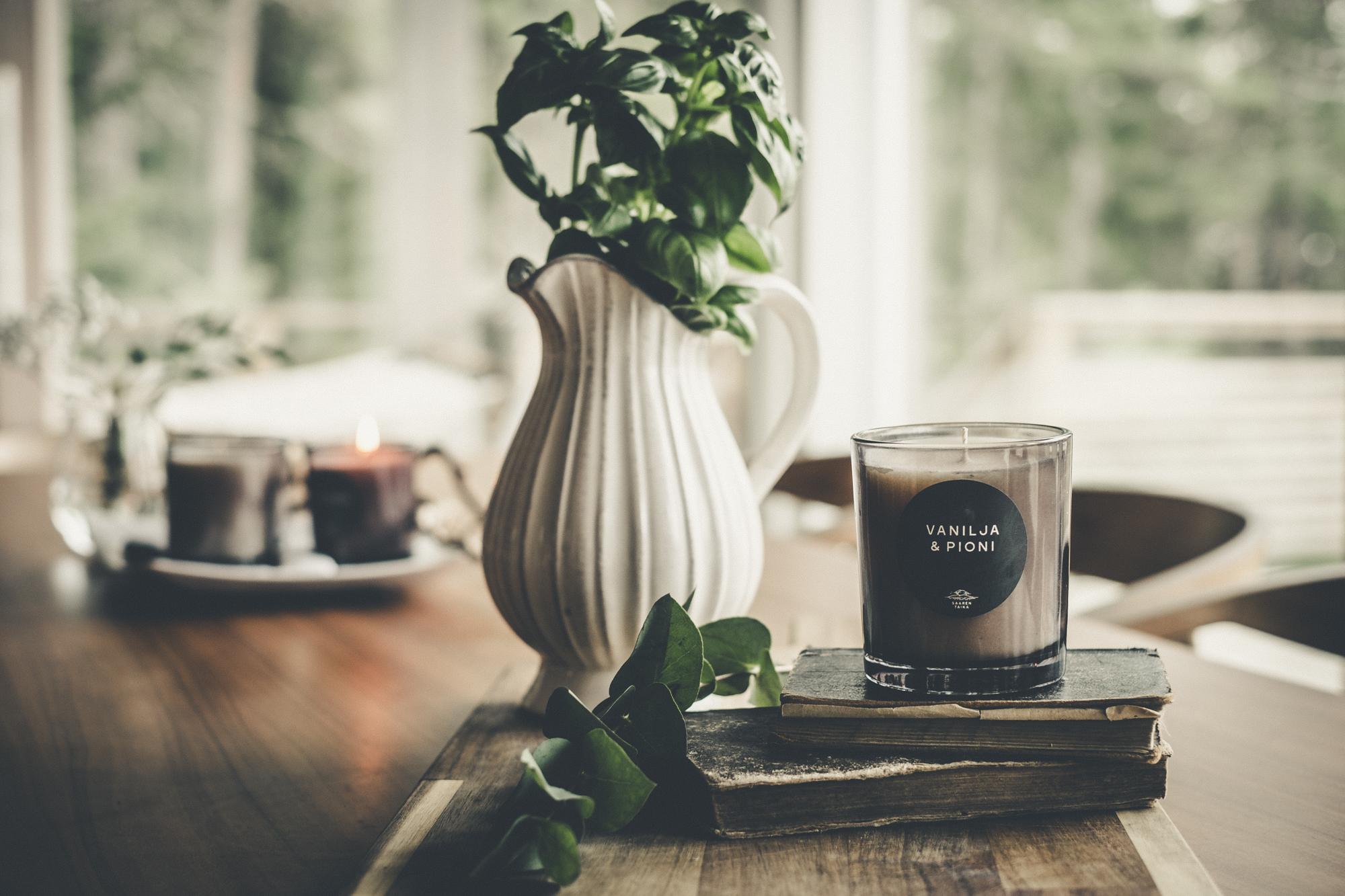 Vanilja & Pioni tuoksukynttilä