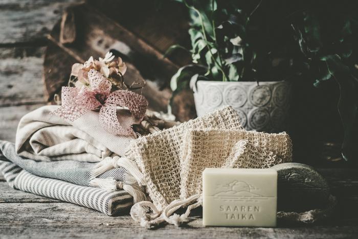 Saippuapussi ihon hellään kuorintaan sekä peseytymiseen