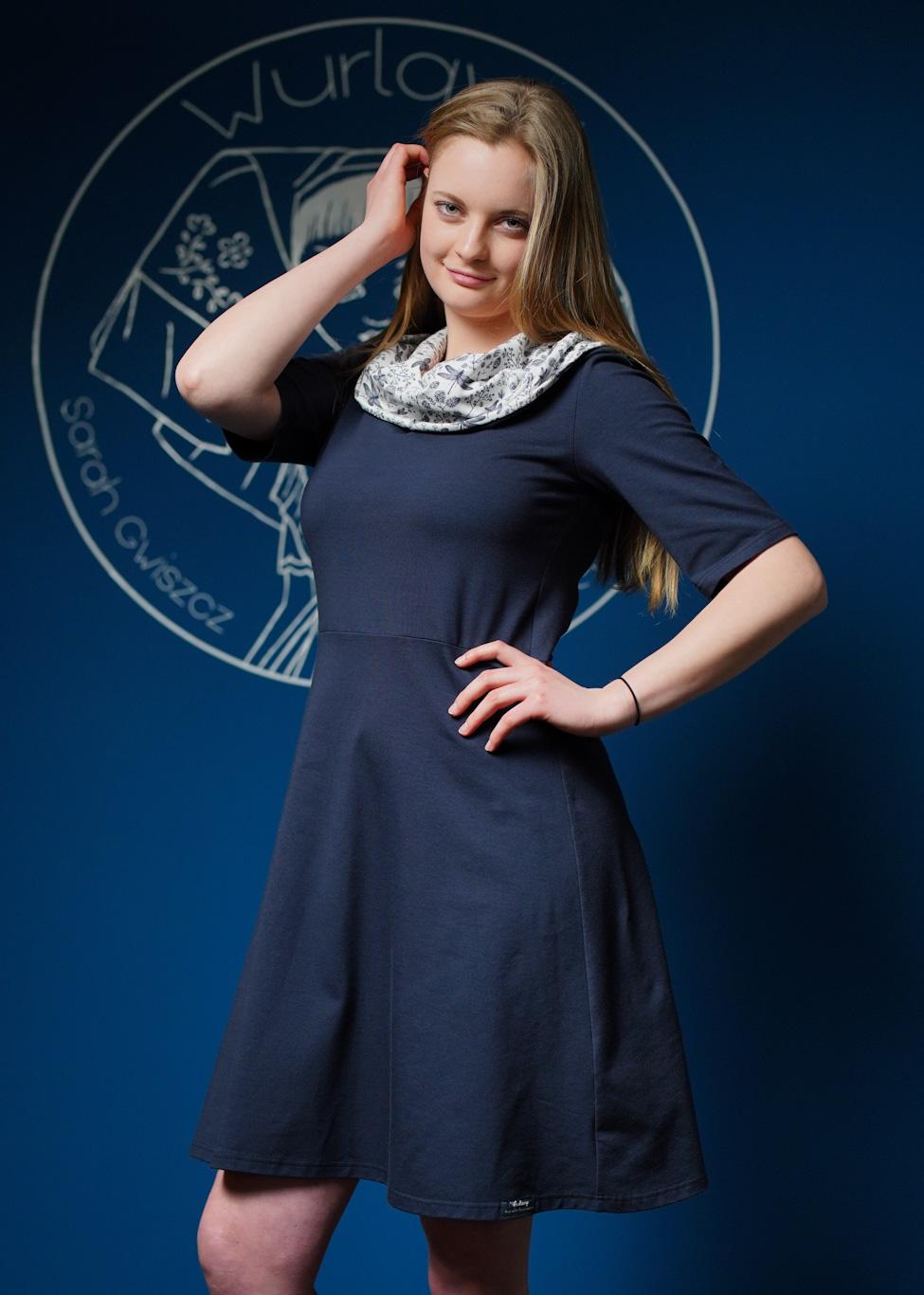 Kapu-Dress, Blau