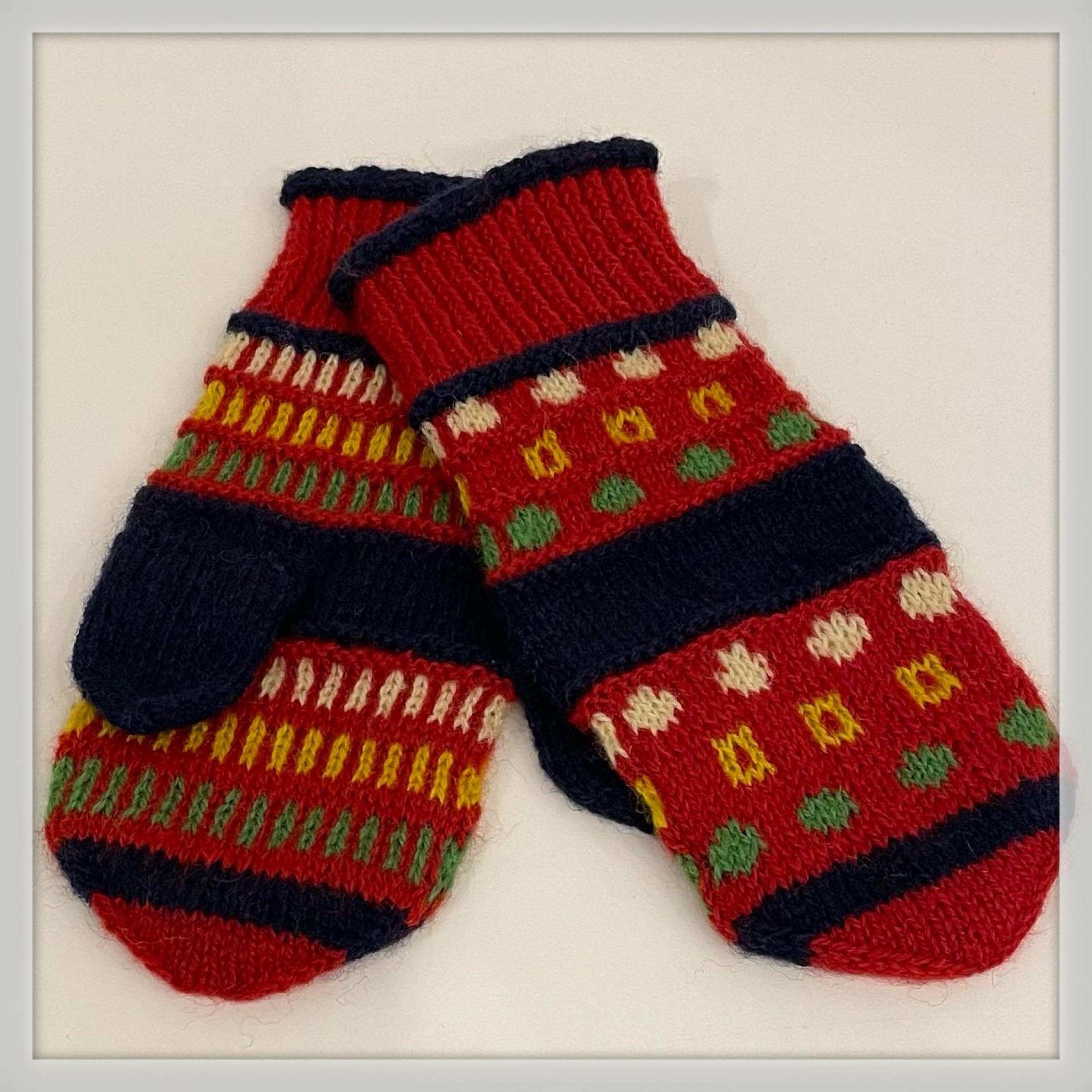 Hand-knitted Organic Mittens by Vladanka