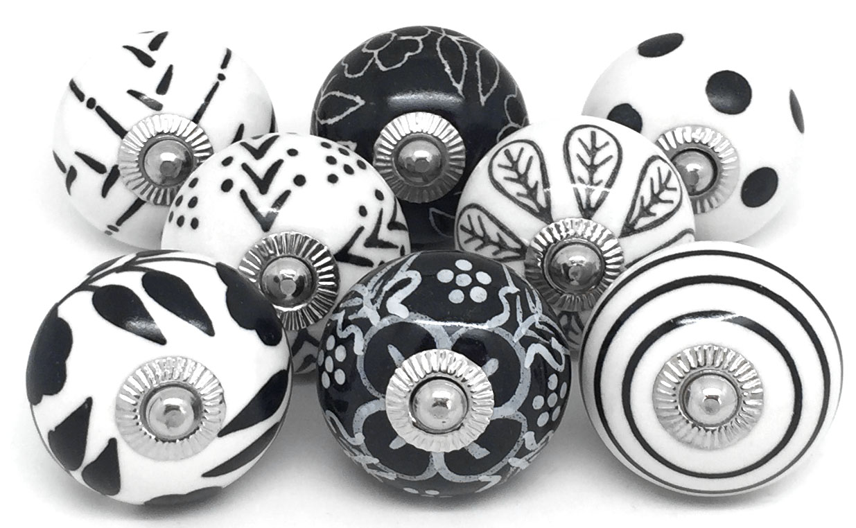 Set of 8 Black and White Knobs
