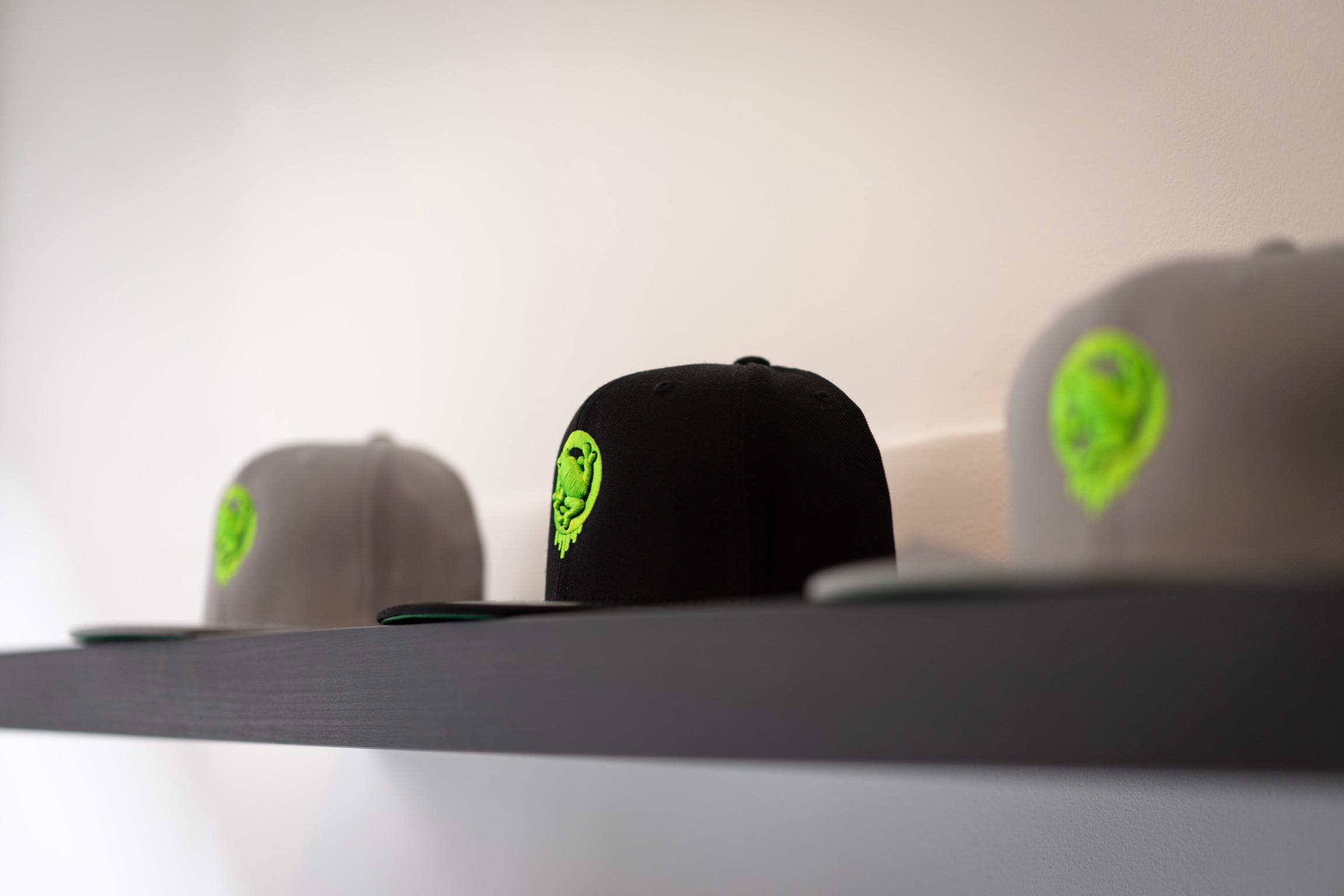 Caps Logo Black