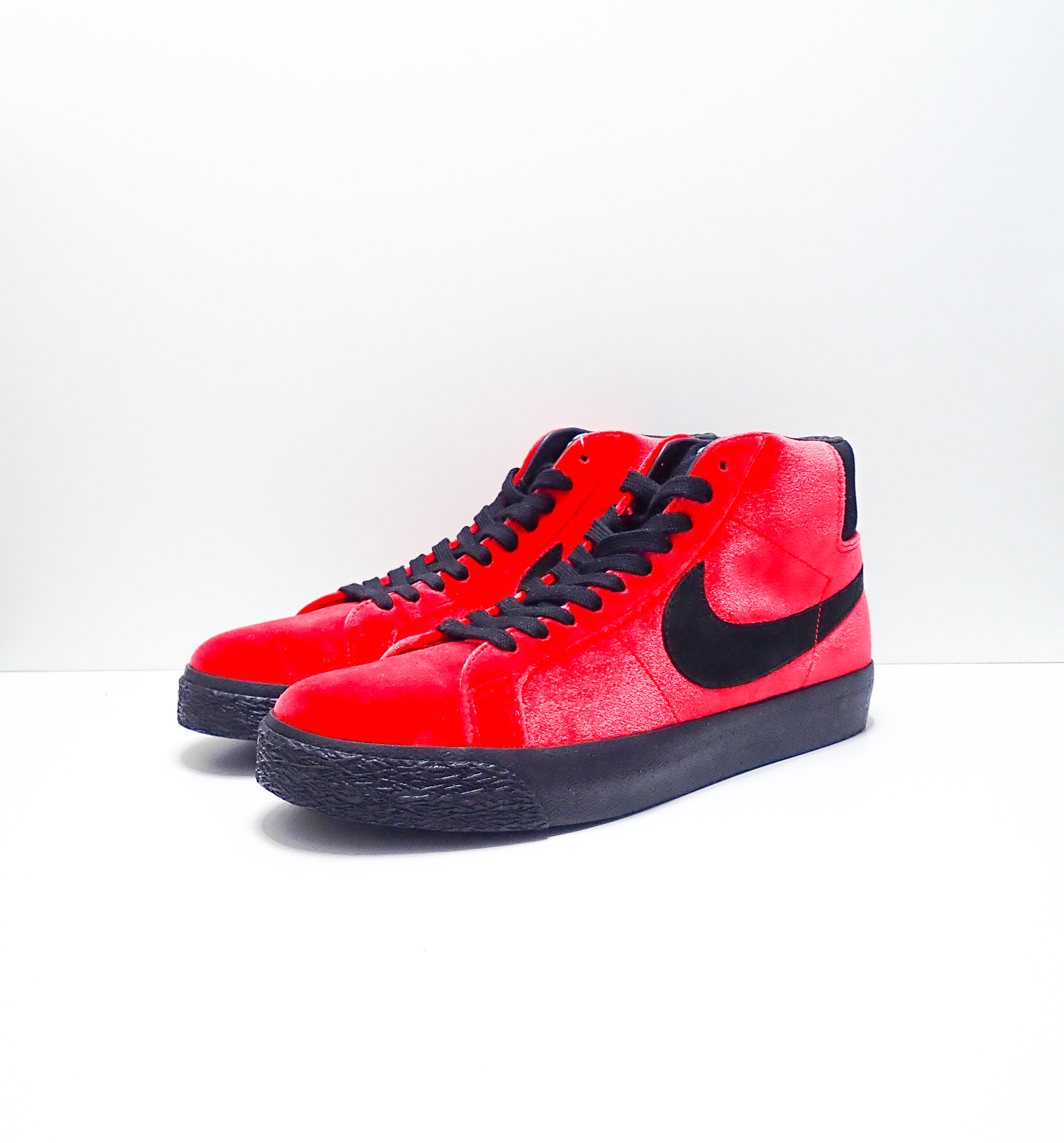 Nike SB Zoom Blazer Mid Kevin and Hell