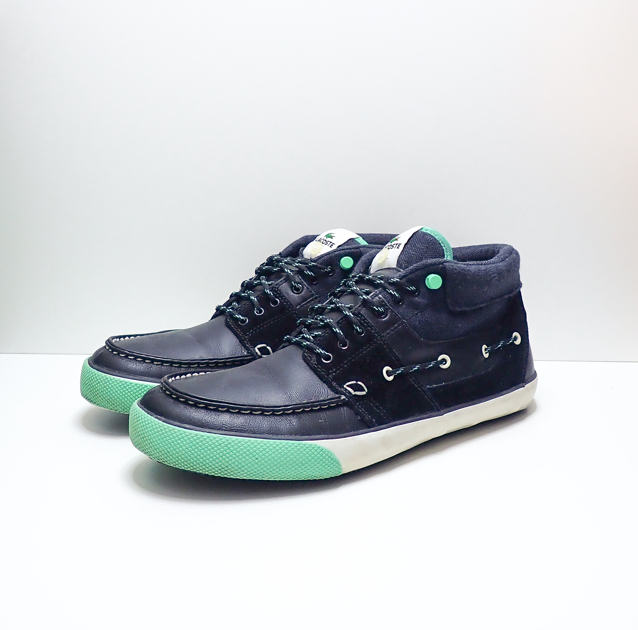 Lacoste Sneaker Freaker