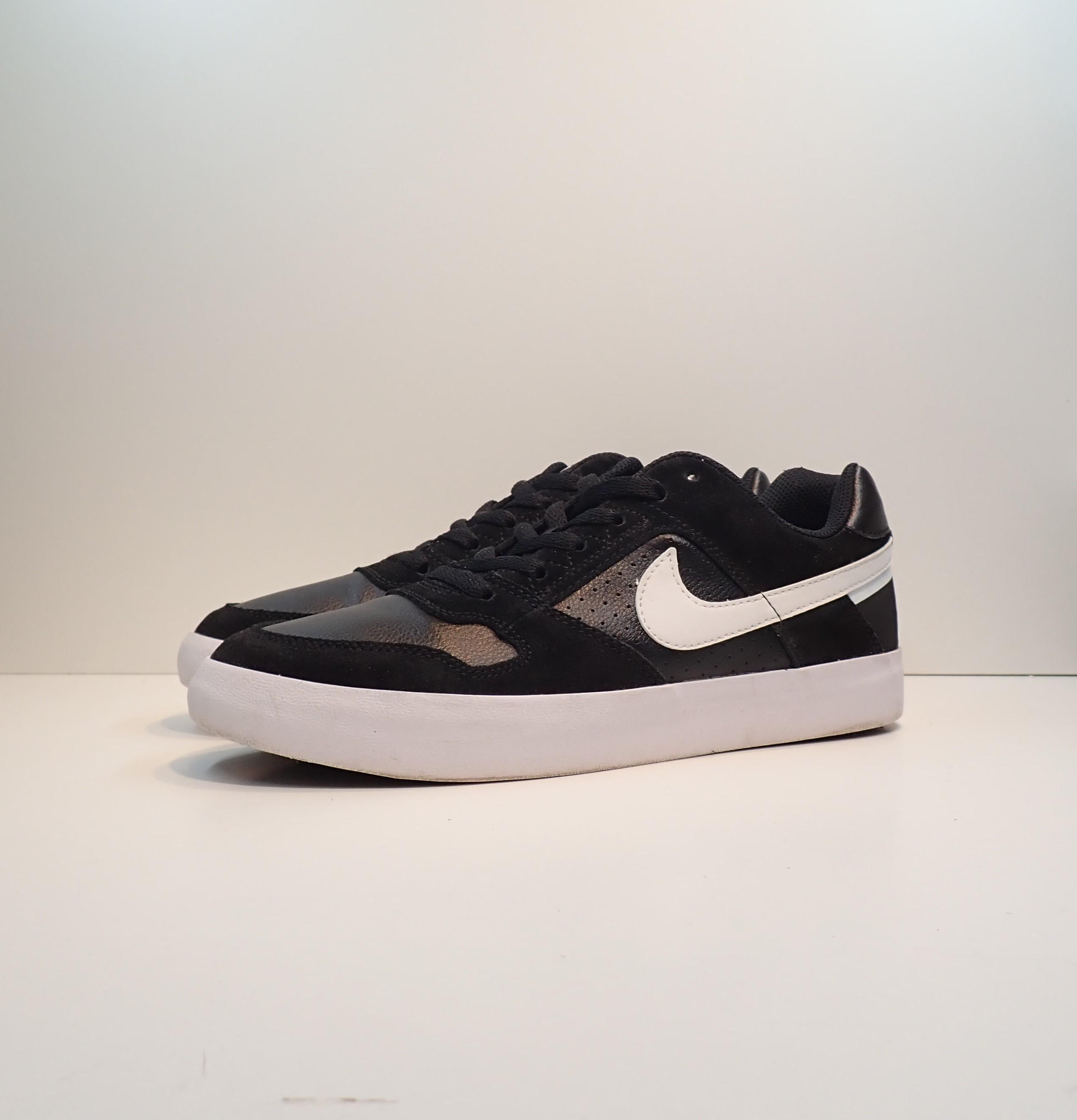 Nike SB Delta Force Vulc Black