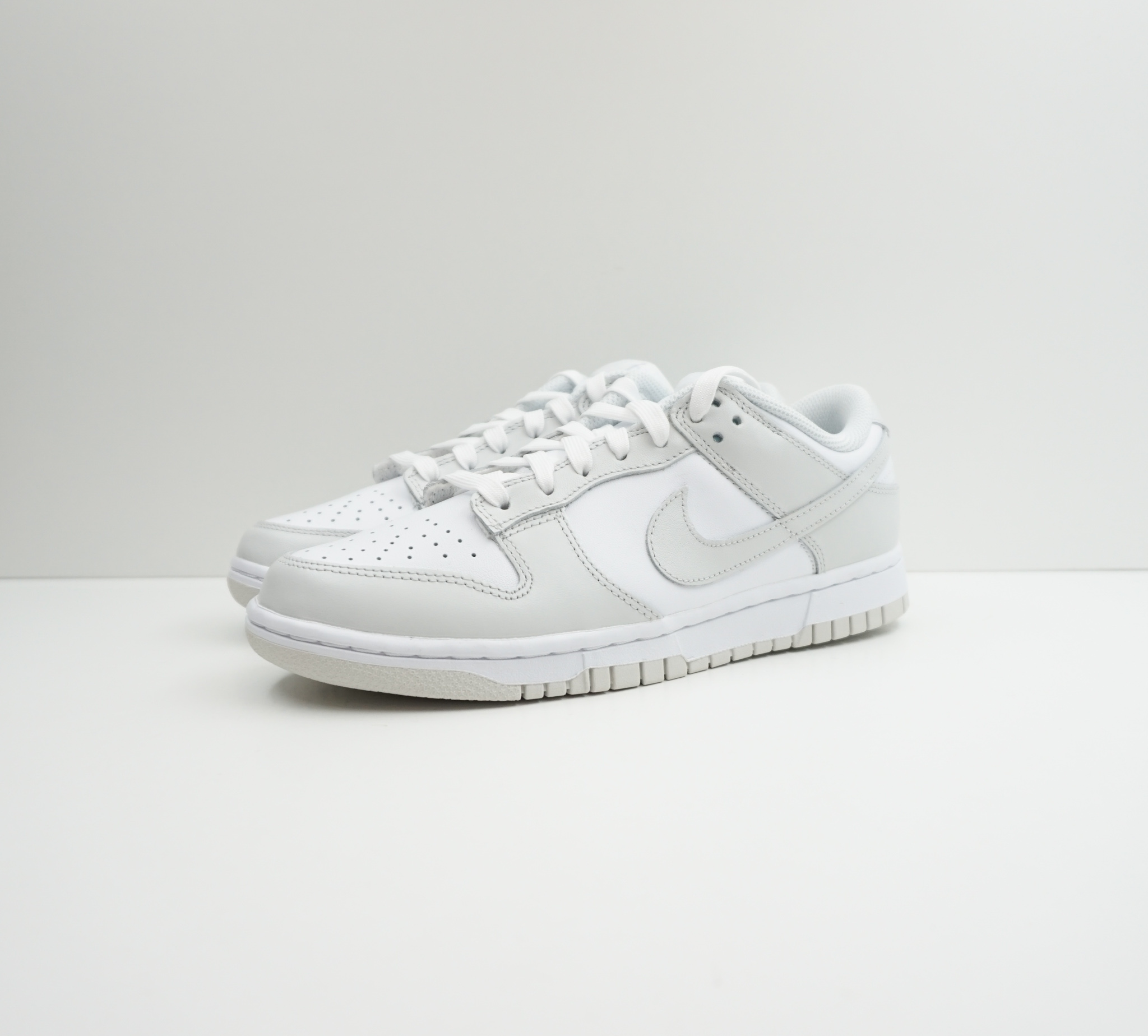 Nike Dunk Low Photon Dust (W)
