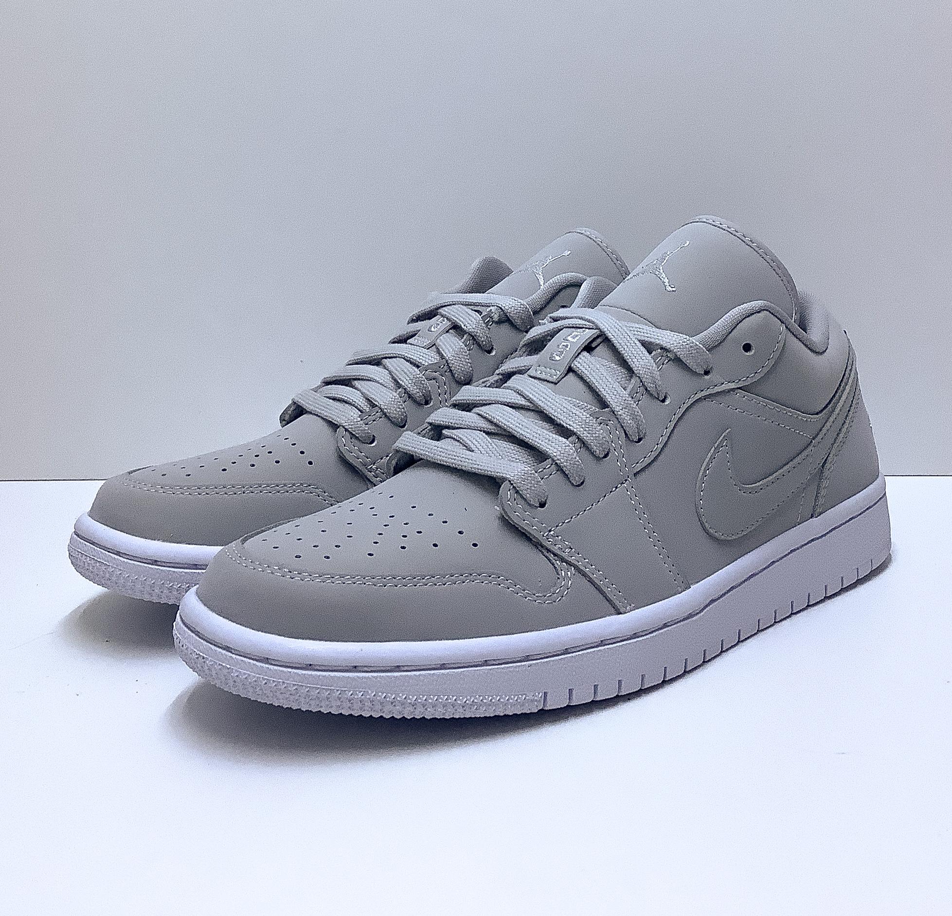 Jordan 1 Low Grey Fog (W)