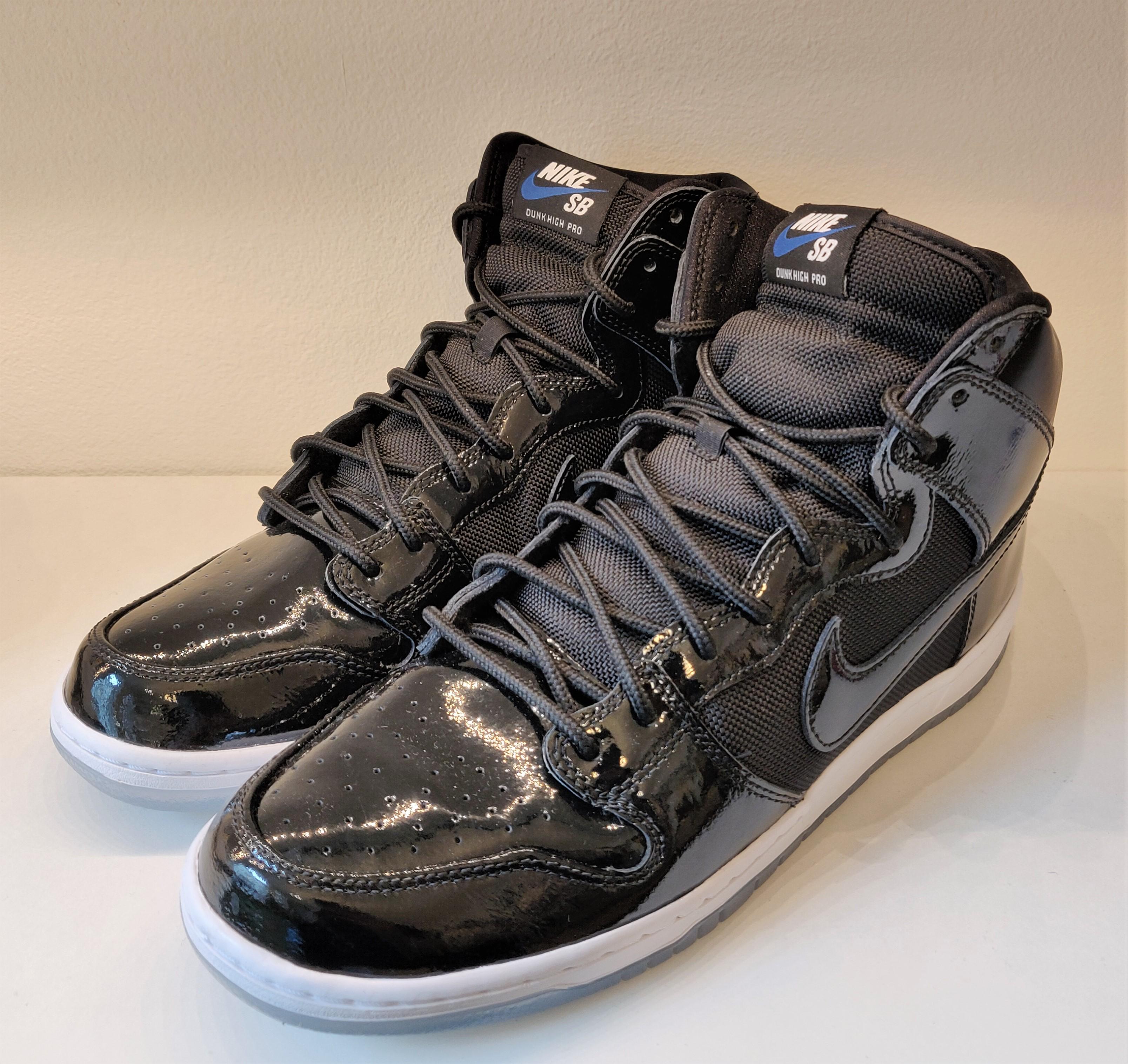 Nike SB Dunk High Space Jam