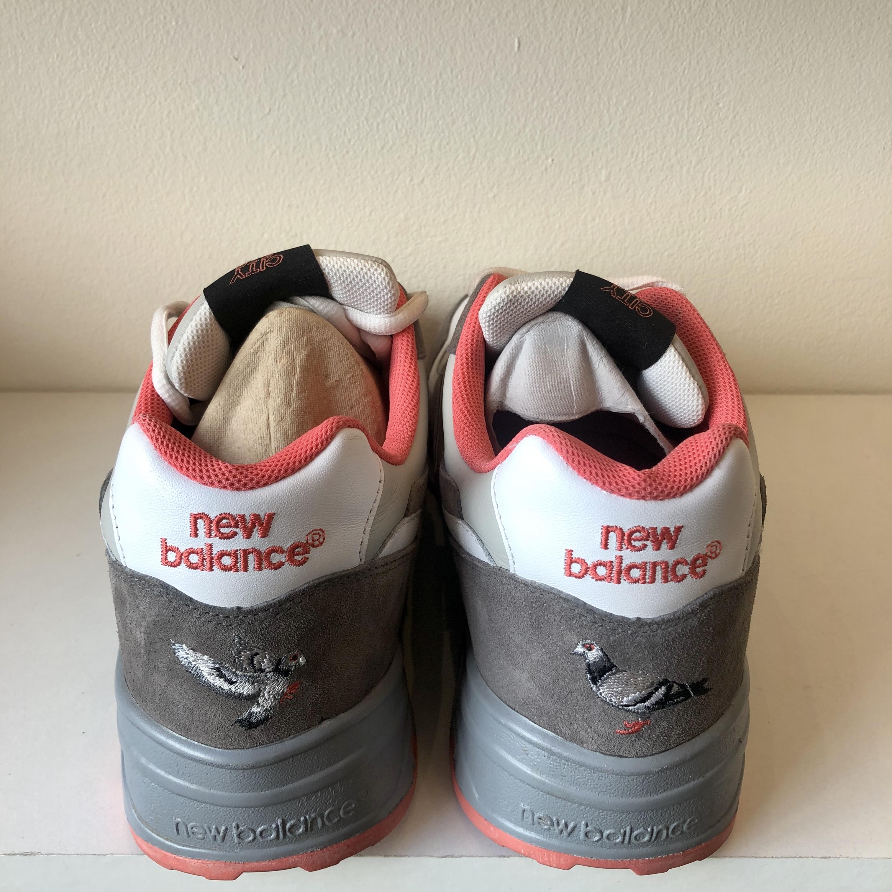 New Balance 575 Staple Pigeon Grey