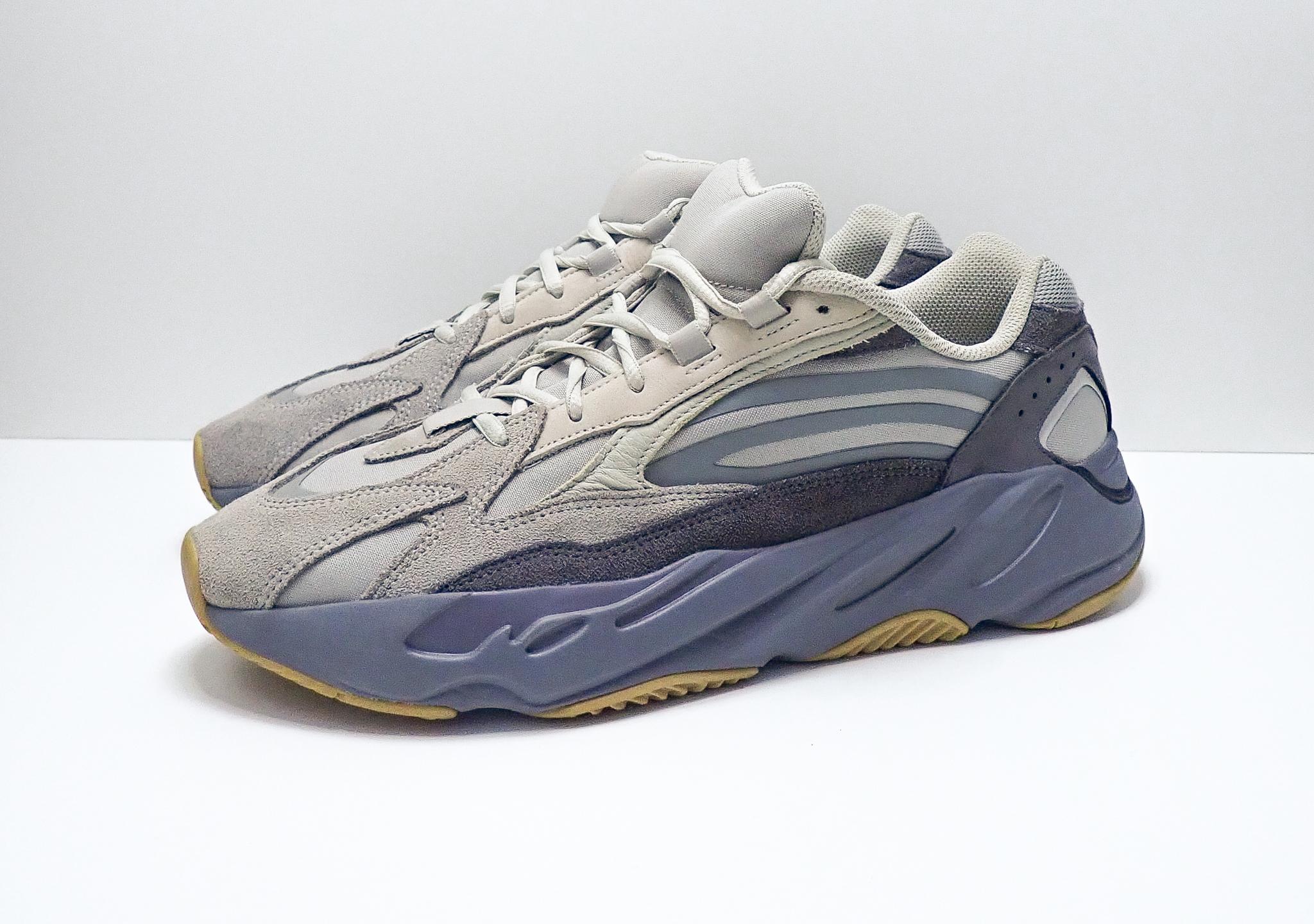 Adidas Yeezy Boost 700 V2 Tephra
