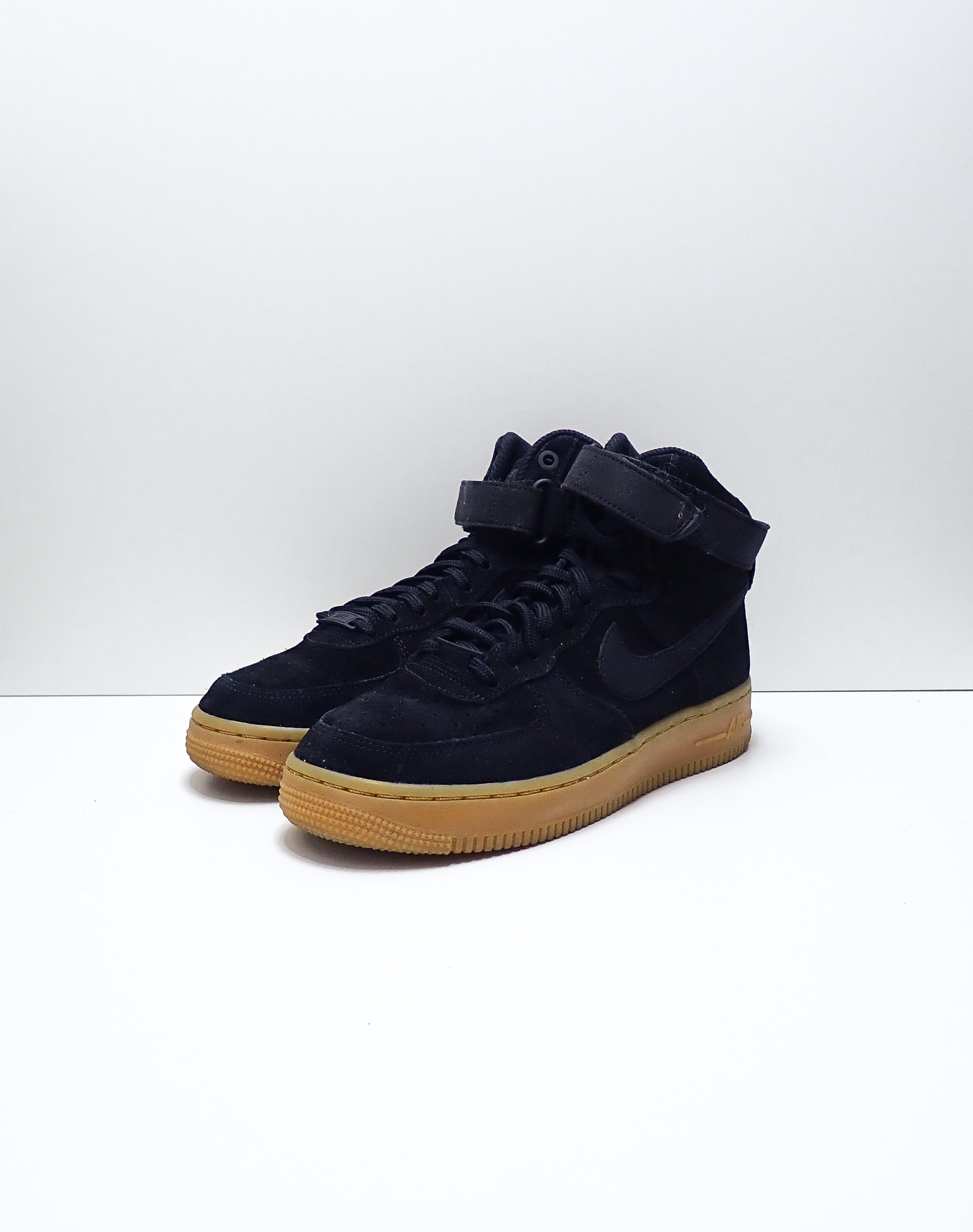 Nike Wmns Air Force 1 High SE Black Gum
