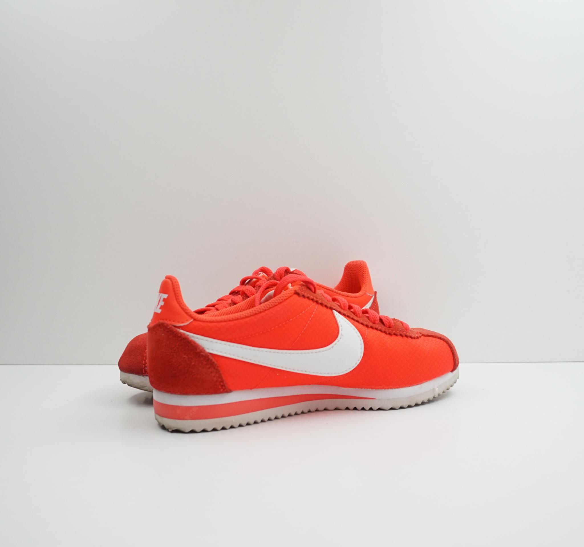 Nike  Classic Cortez Nylon Wmns Bright Crimson