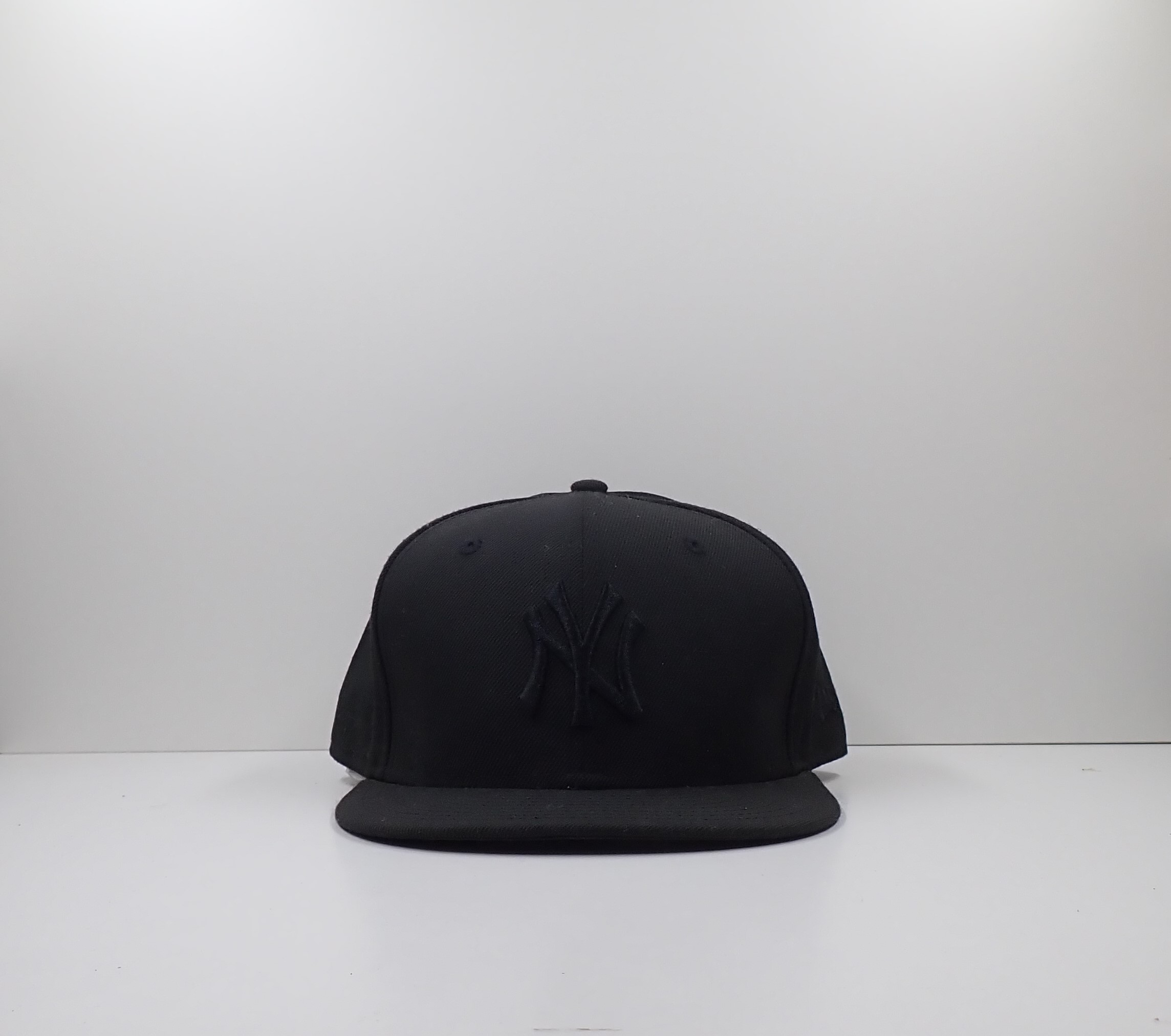 New York Yankees All Black 59Fifty New Era Cap