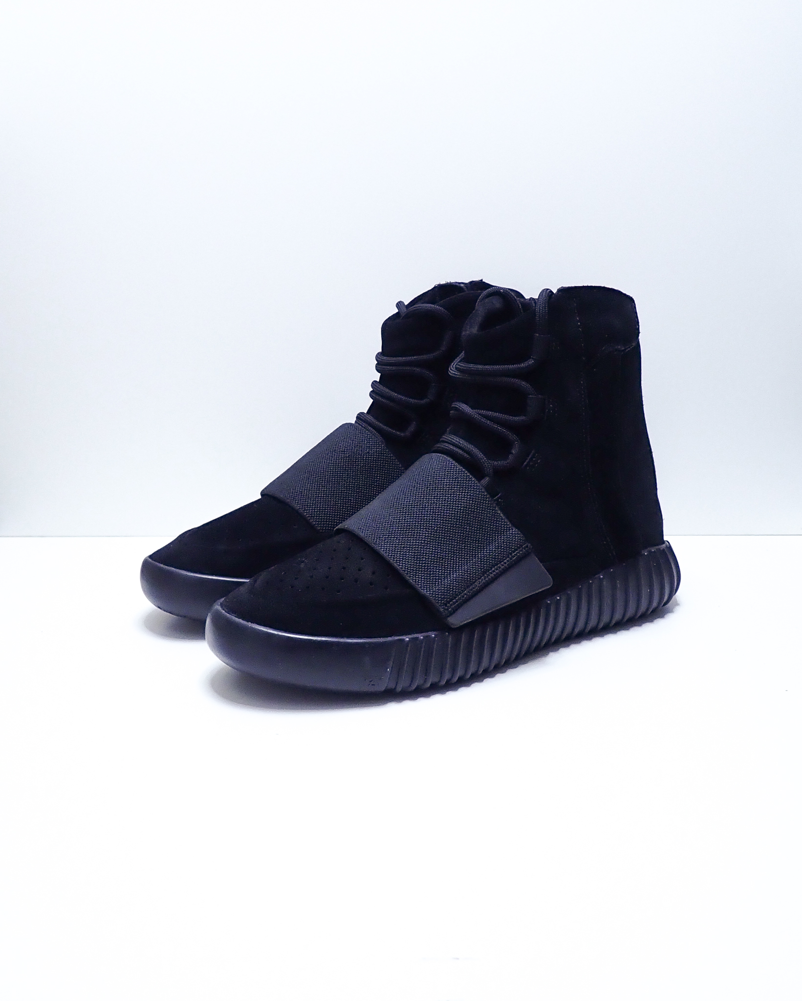 Adidas Yeezy 750 Boost Triple Black