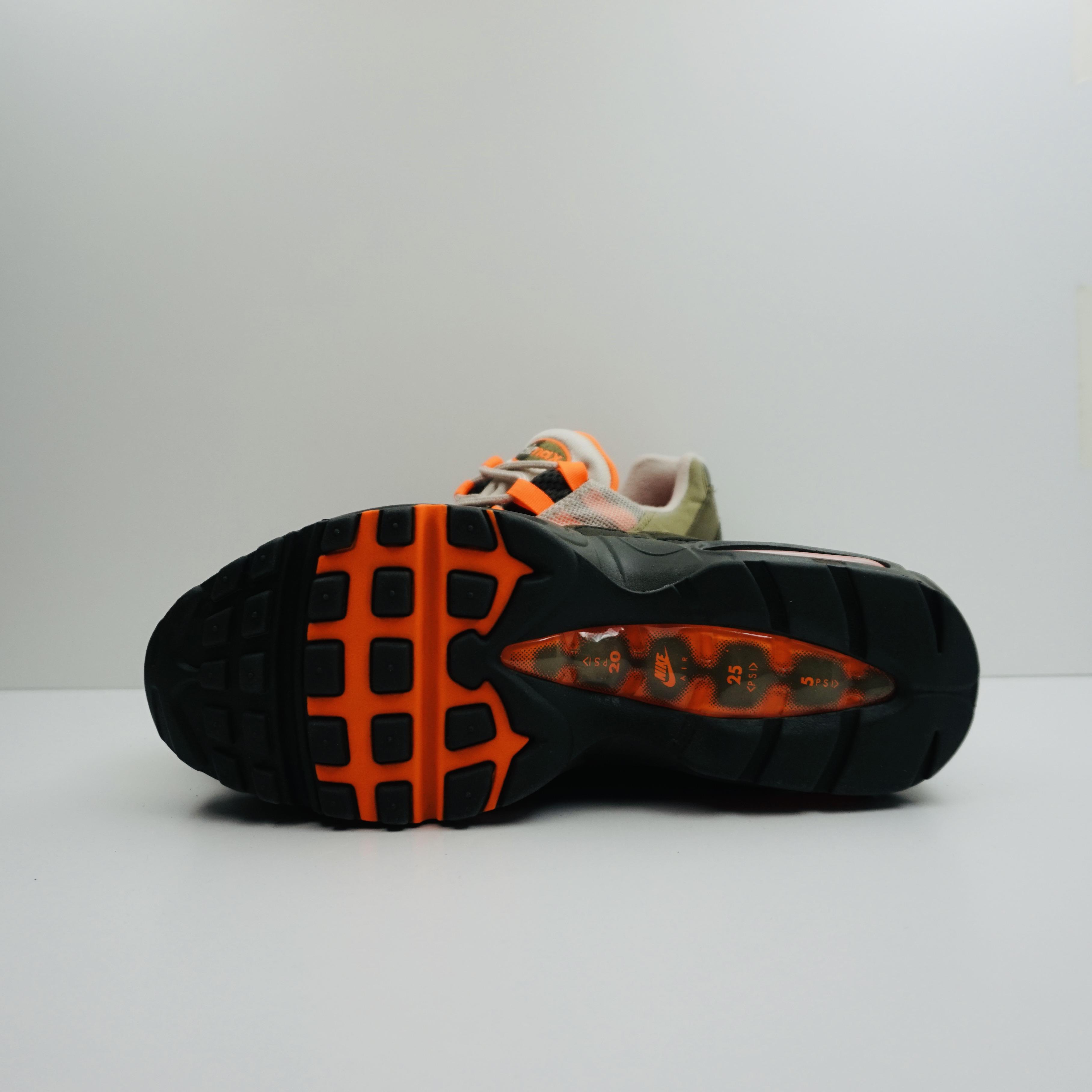 Nike Air Max 95 OG Neutral Olive Total Orange