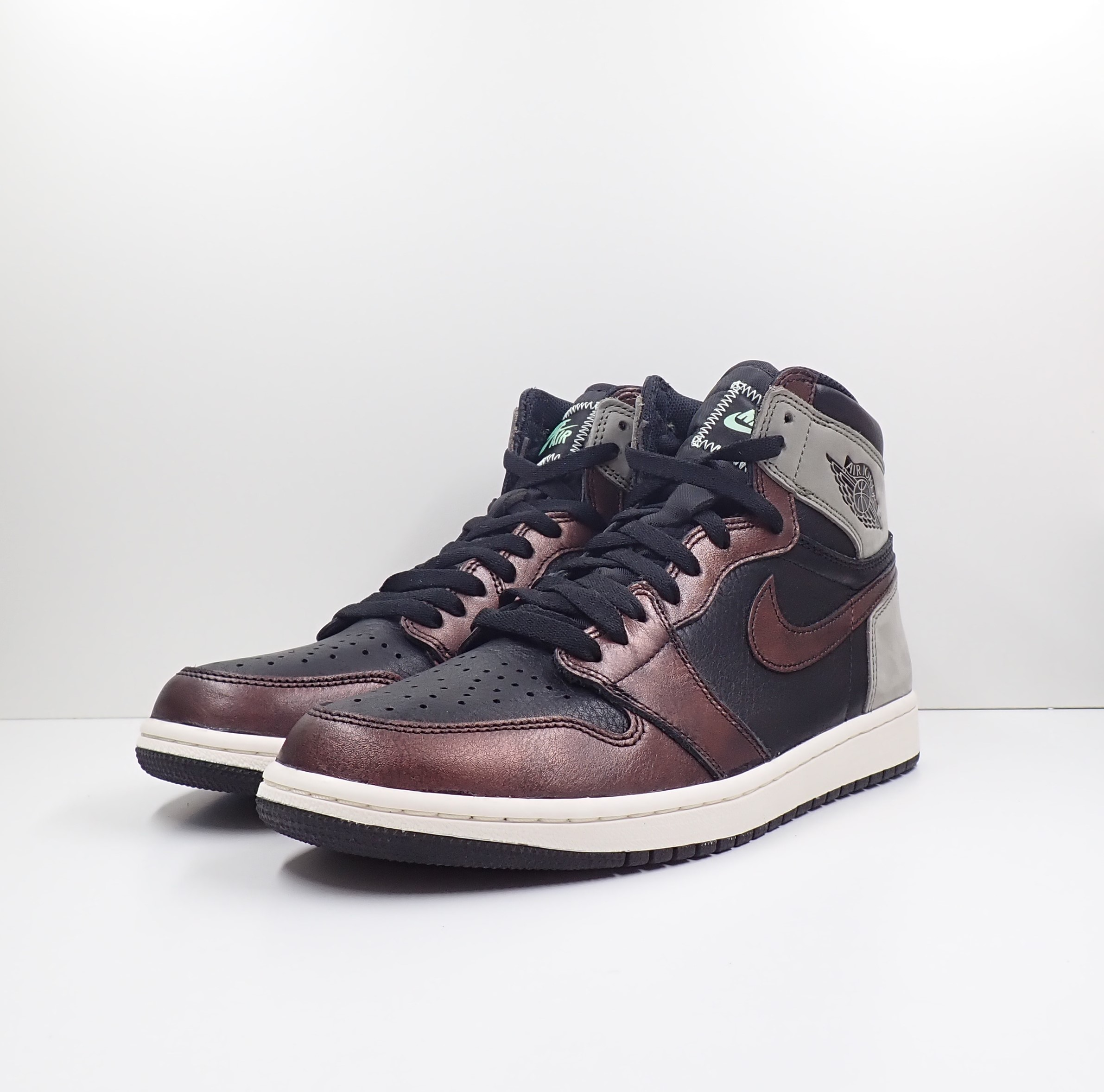 Jordan 1 Retro High Rust Shadow