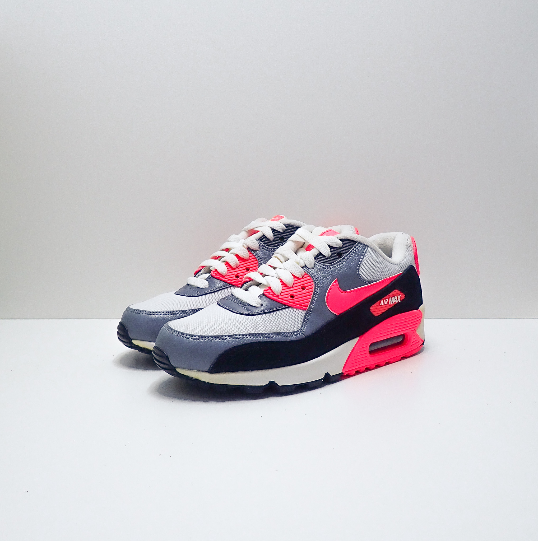 Nike Air Max 90 Essential (W)