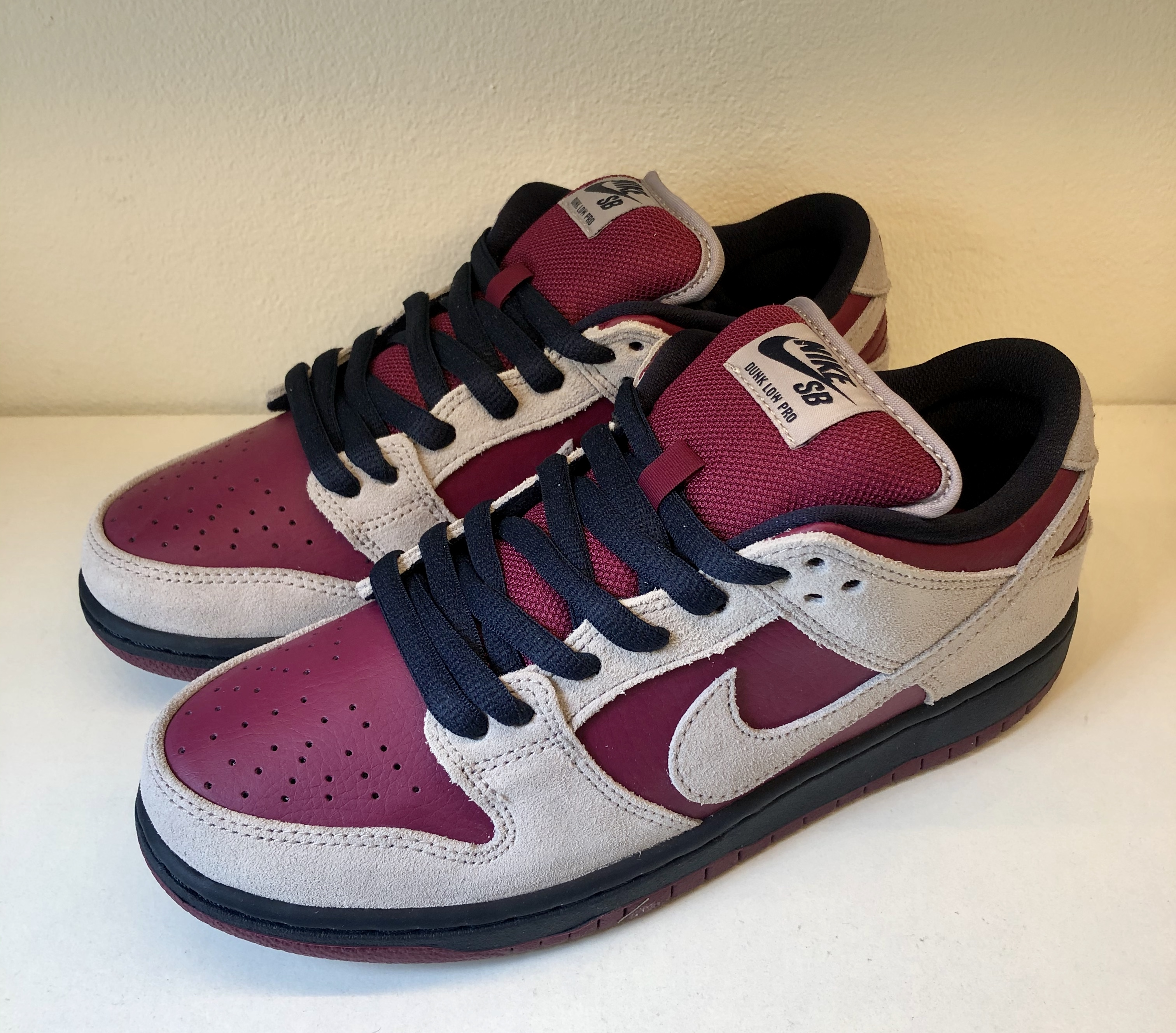 Nike SB Dunk Low Atmosphere Grey True Berry