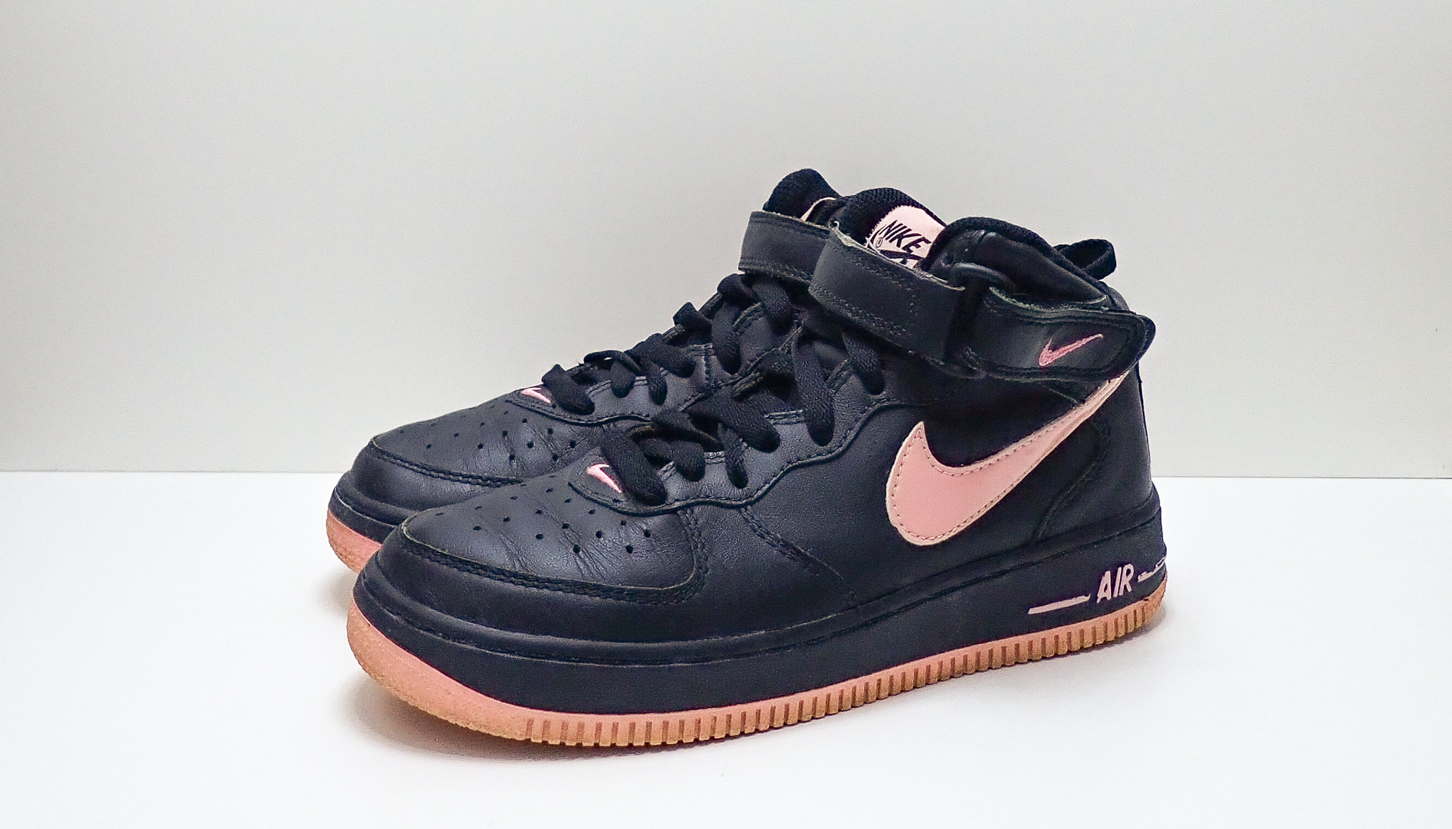 Nike Wmns Air Force 1 Mid Real Pink