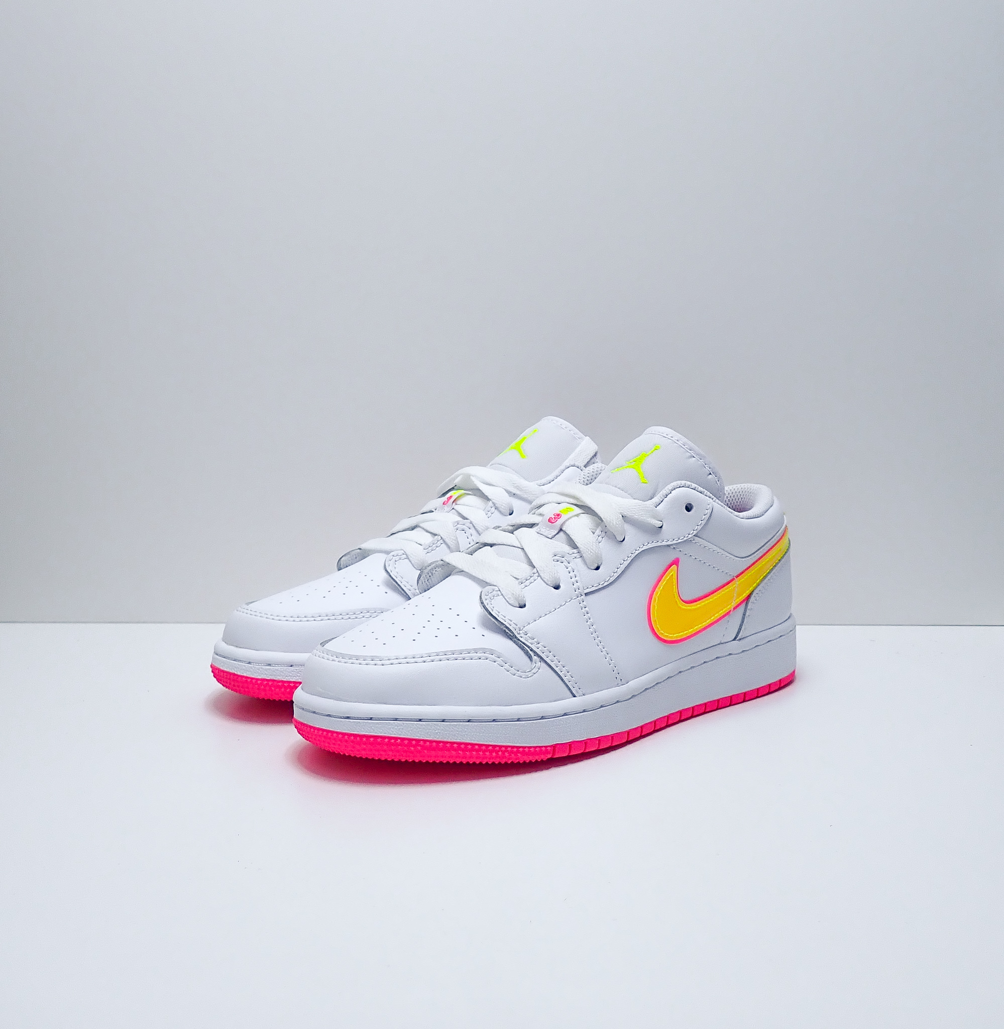 Jordan 1 Low GS Edge Glow