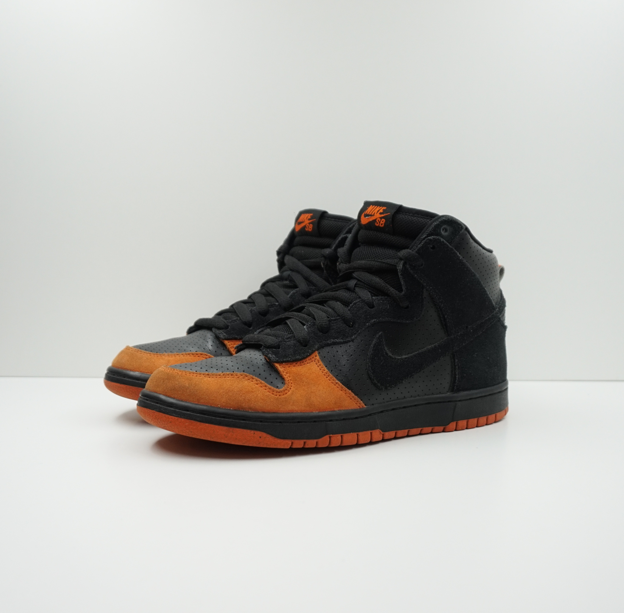 Nike SB Dunk High Black Solar Orange