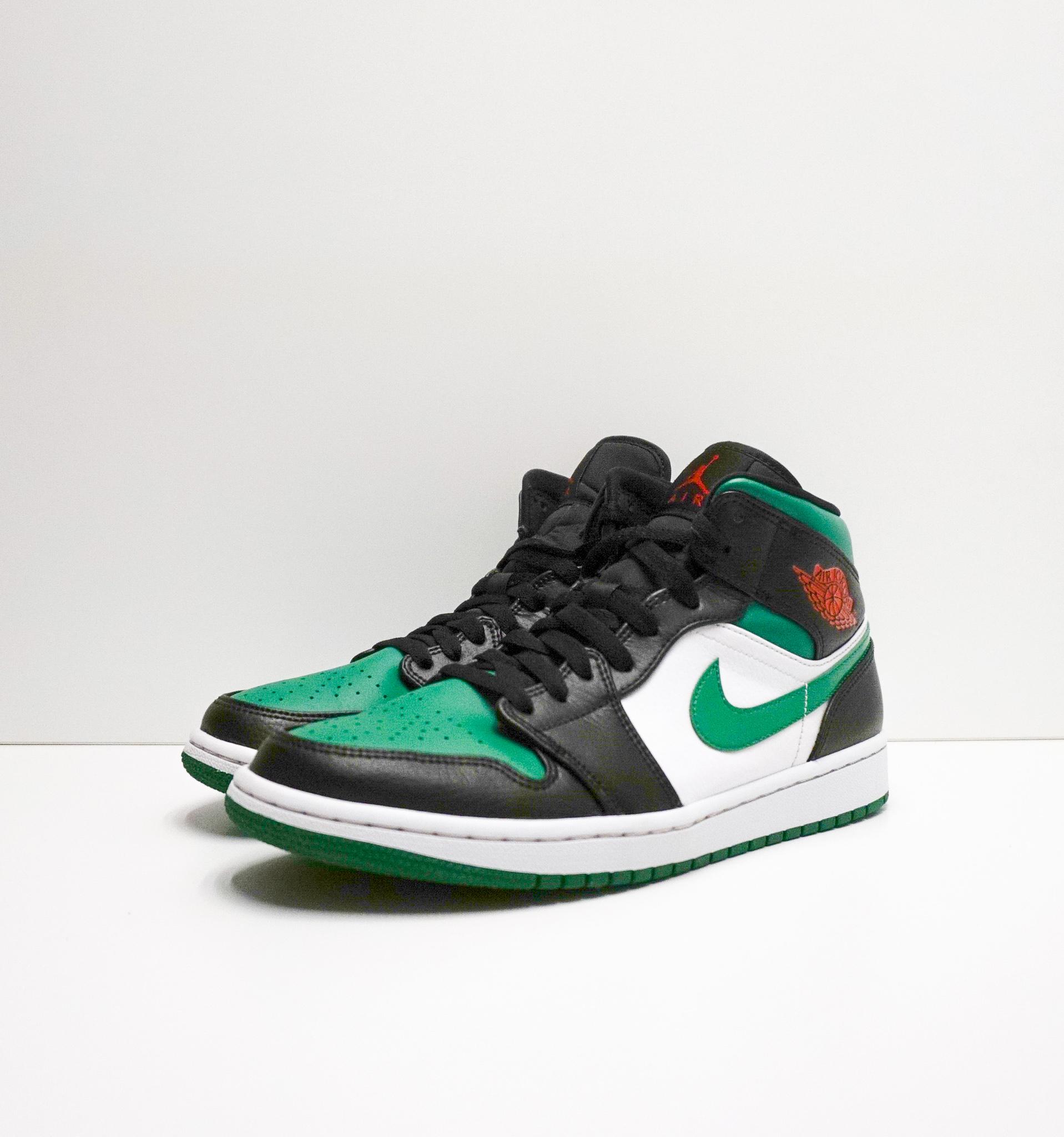1 Jordan 1 Mid Green Toe