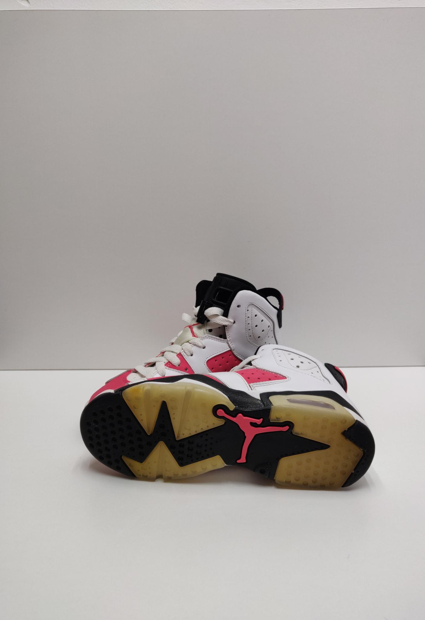 Jordan 6 Retro Coral (GS)