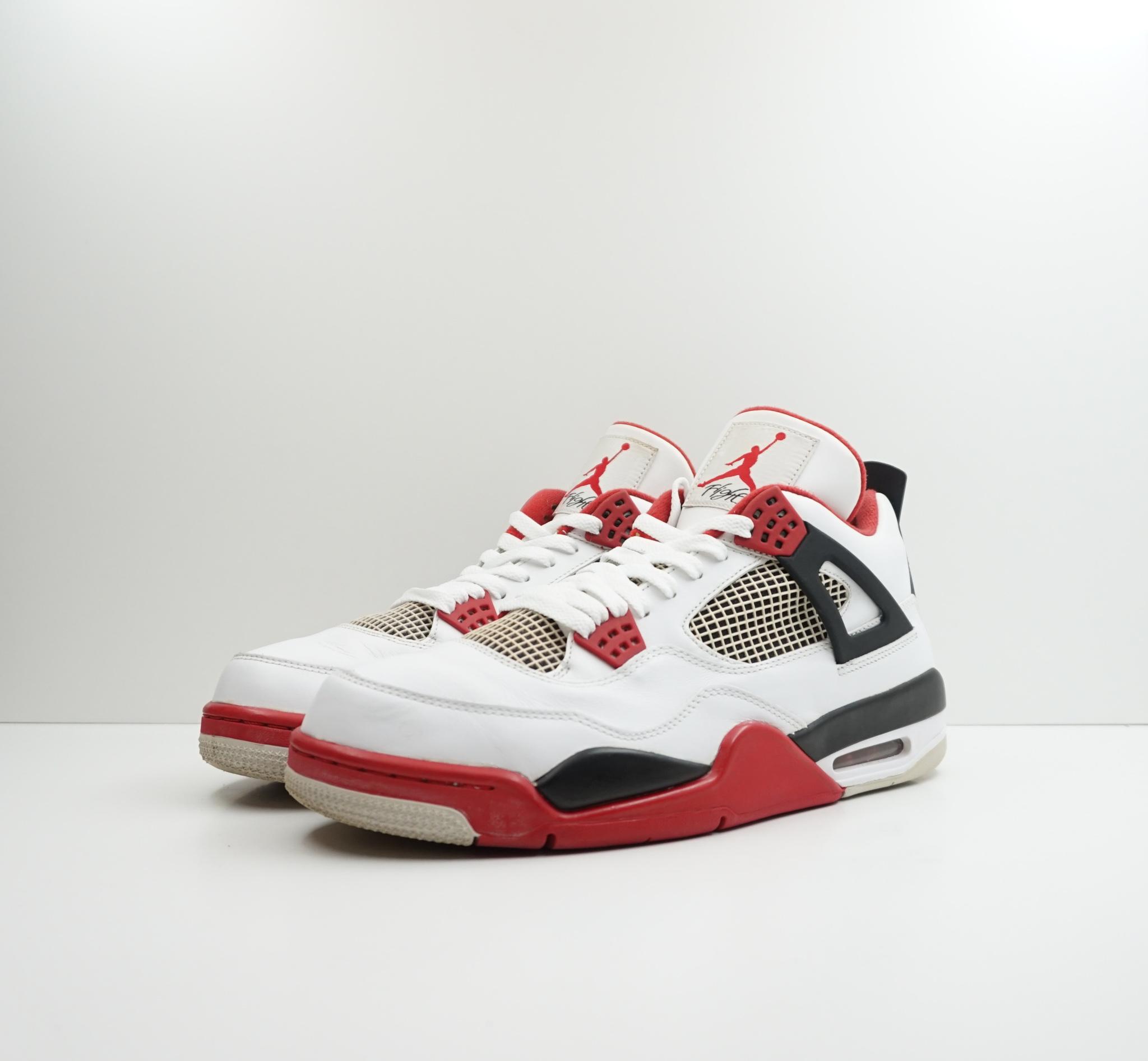 Jordan 4 Fire Red (2012)