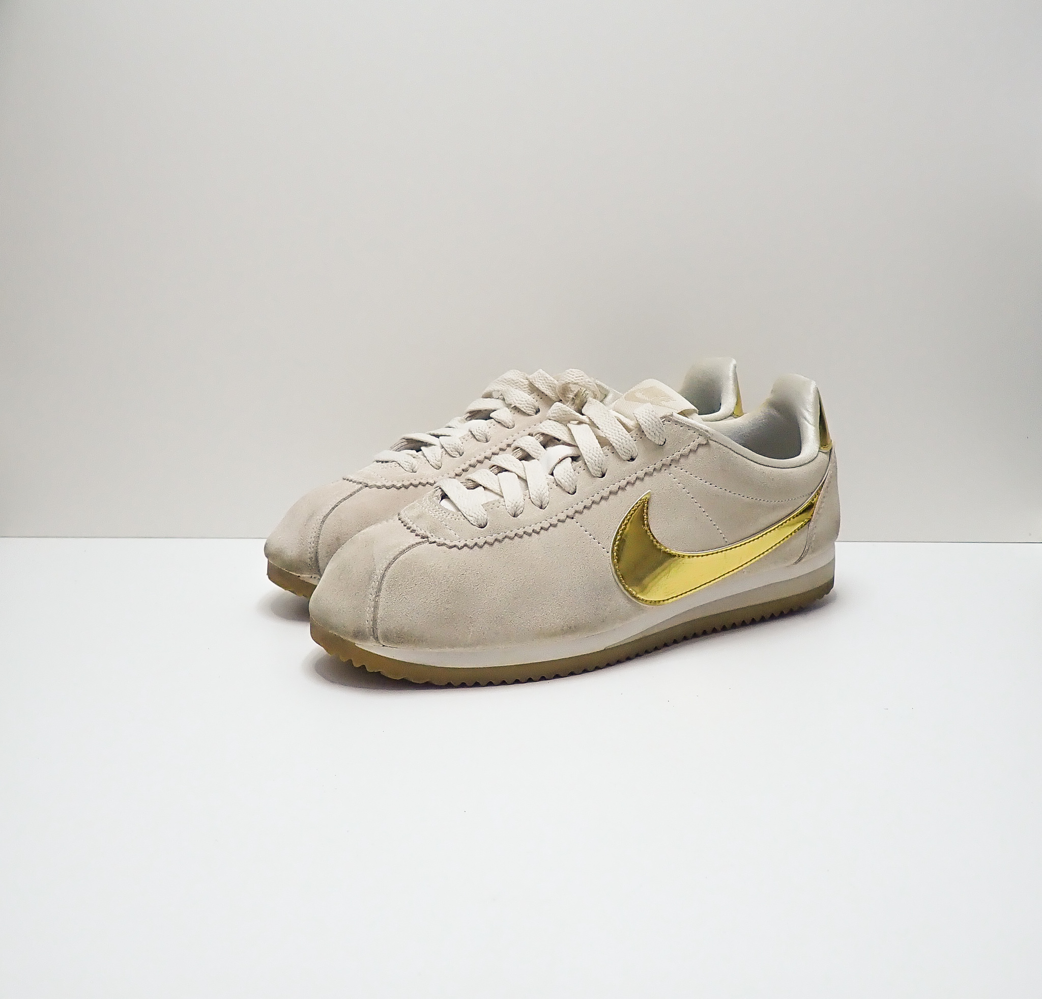 Nike Classic Cortez Phantom Metallic Gold (W)