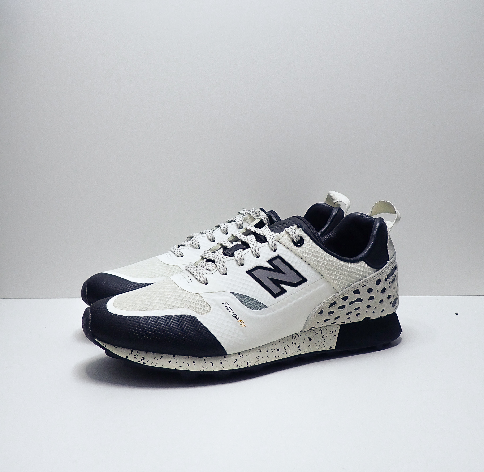 New Balance Trailbuster x Undefeated
