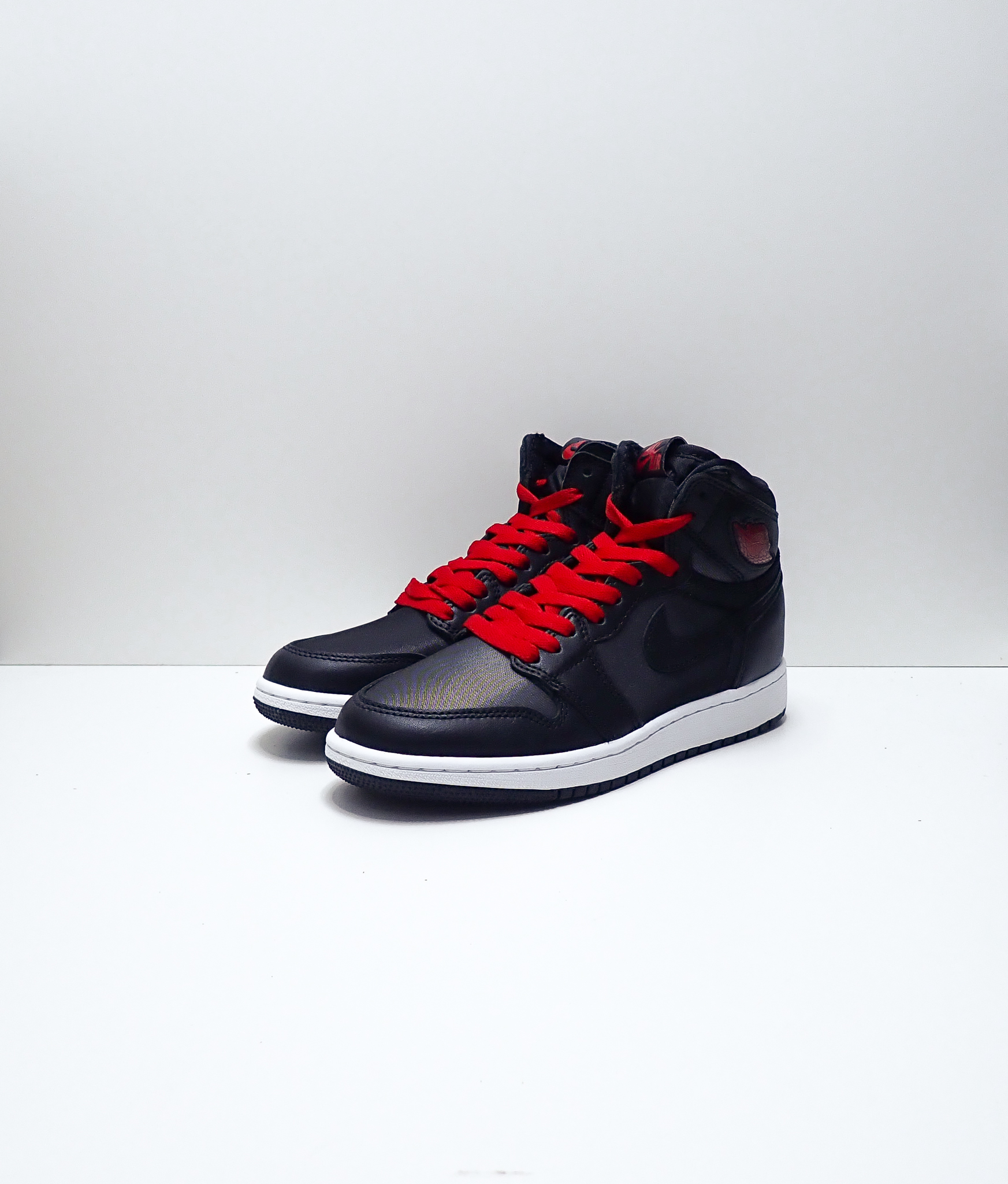 Jordan 1 Retro High Black Gym Red Black (GS)
