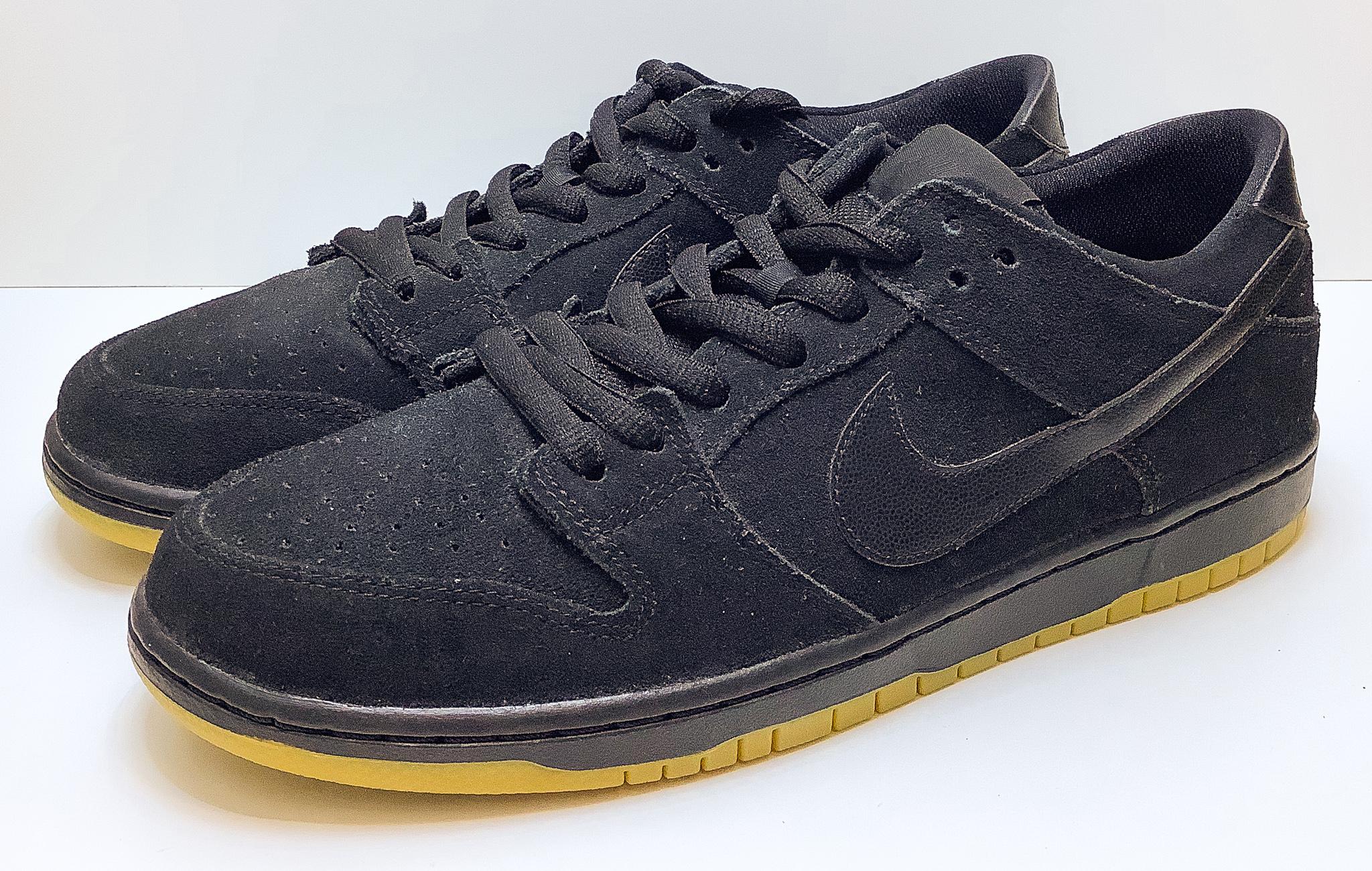 Nike SB Dunk Low IW Black Gum
