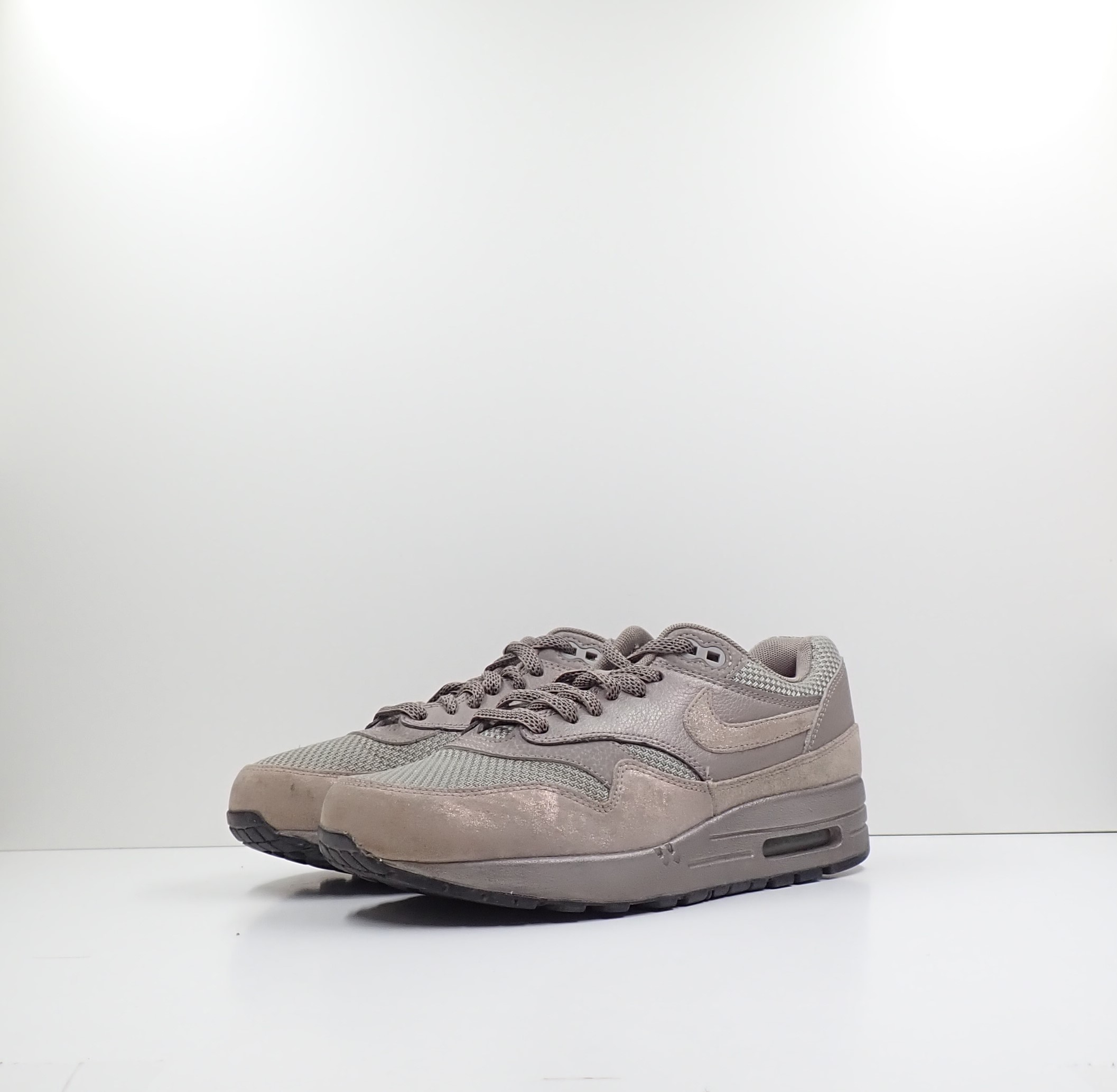 Nike Wmns Air Max 1 Premium Iron Metallic