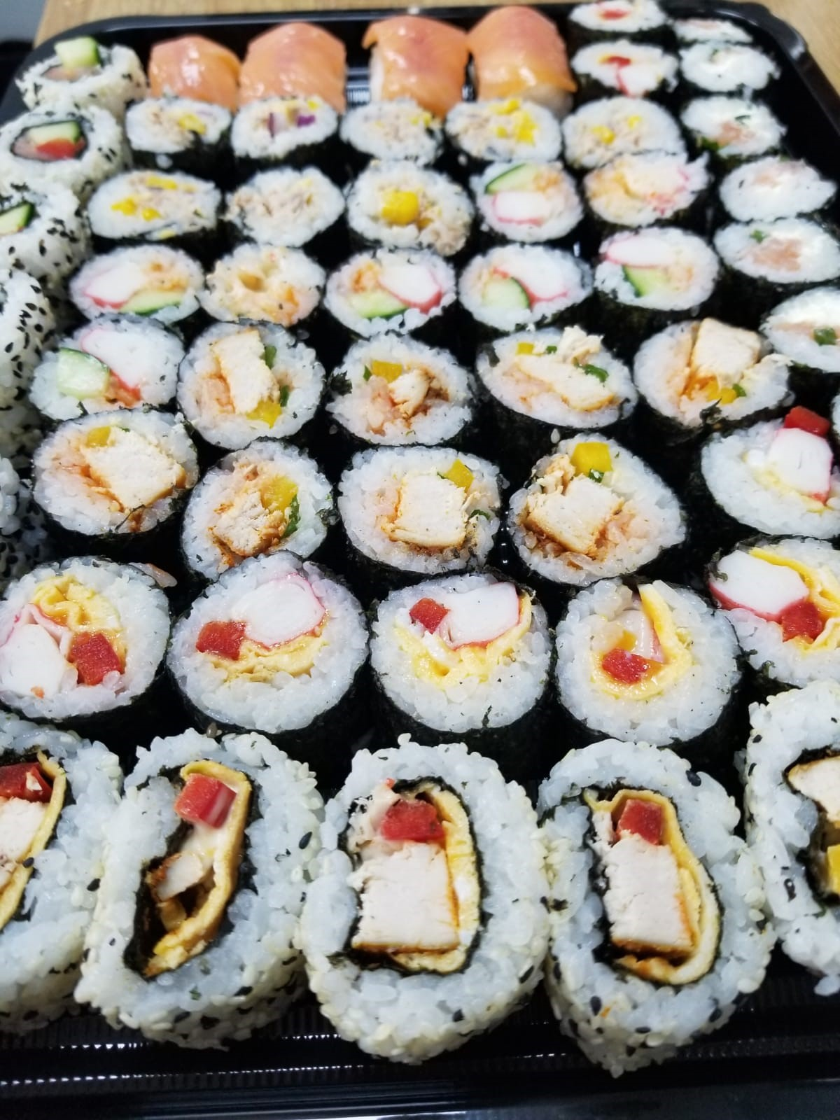 Sushi Per Portion of 6 (PRE-ORDER 3 DAYS IN ADVANCE)
