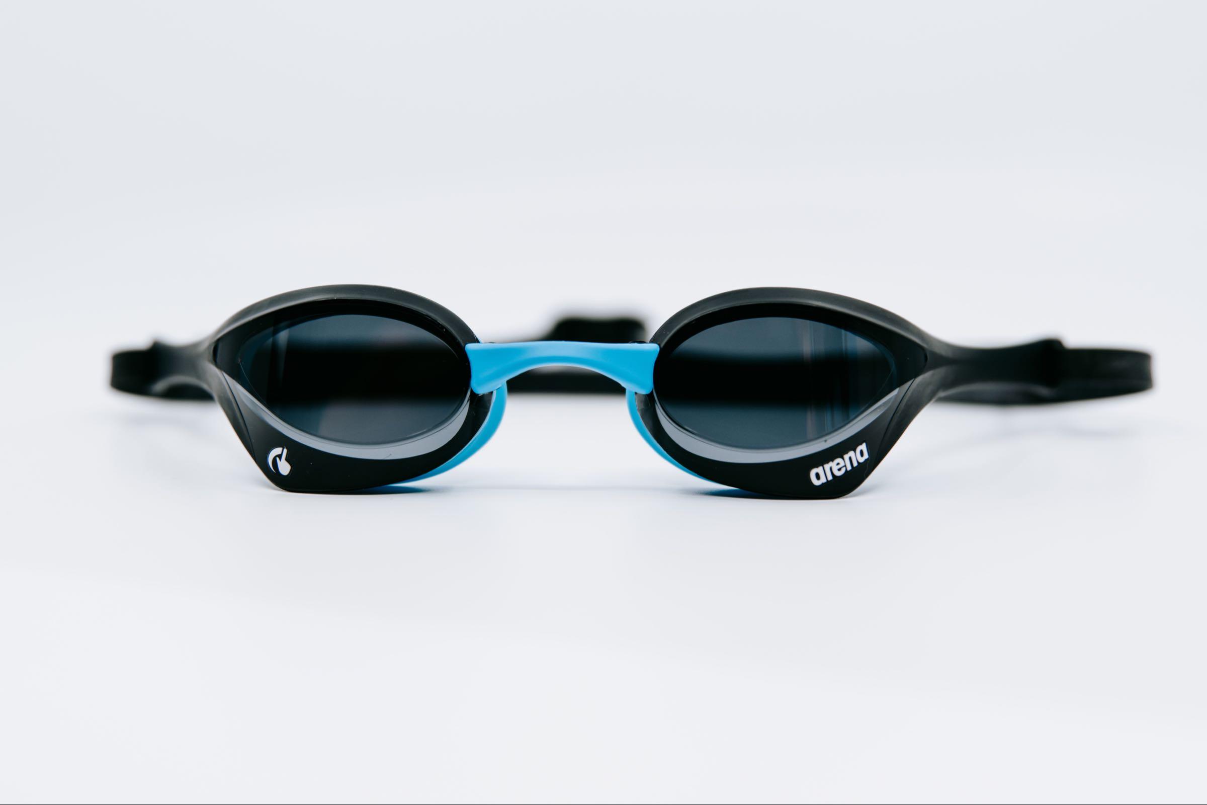 Cobra Ultra Swipe Dark smoke/black/blue