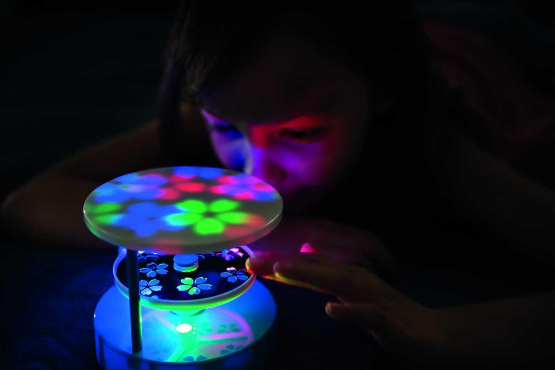 Light Kaleidoscope 4M KidzLabs