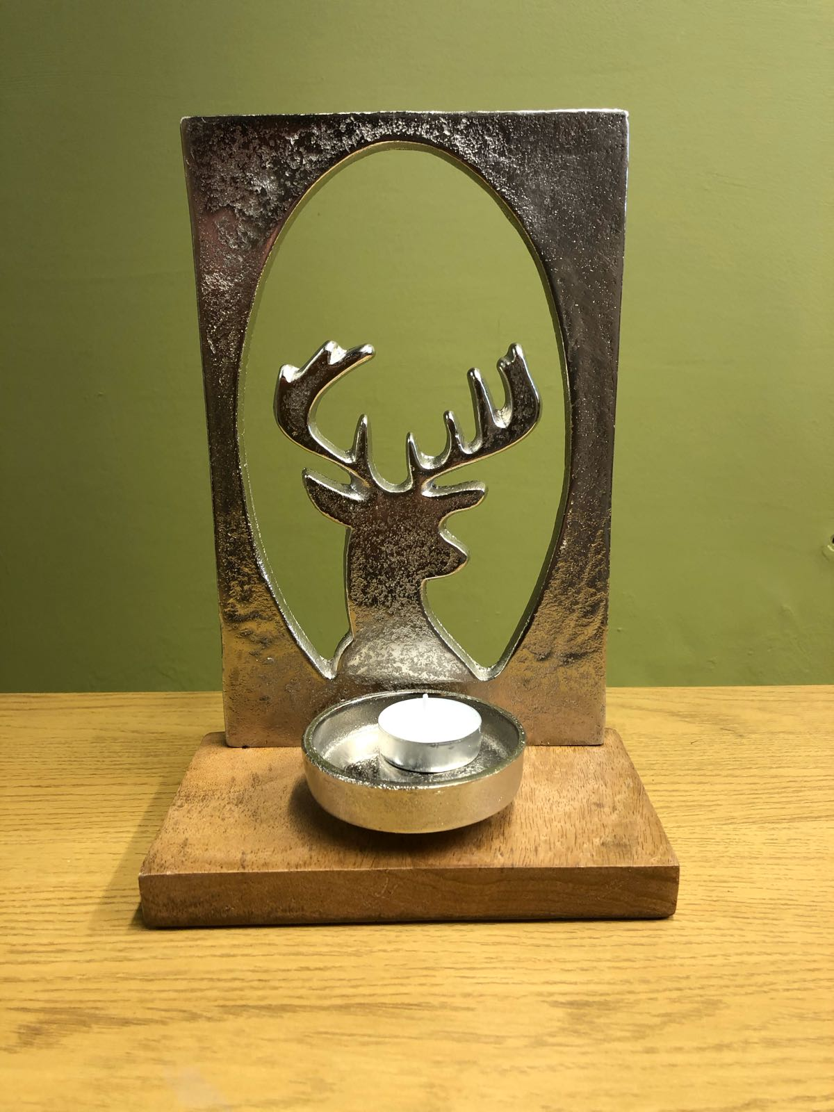 Stag metal tealight  on wooden base
