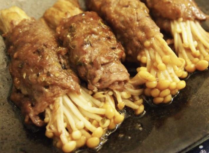 金菇牛肉卷飯 Enoki Mushroom Beef Rolls Rice