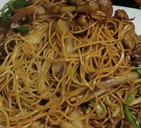 牛肉炒麵 Beef Fried Noodle