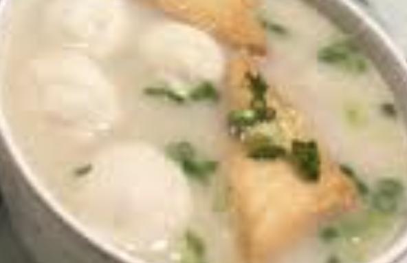 魚蛋湯米 Fish Ball Soup Rice Noodle