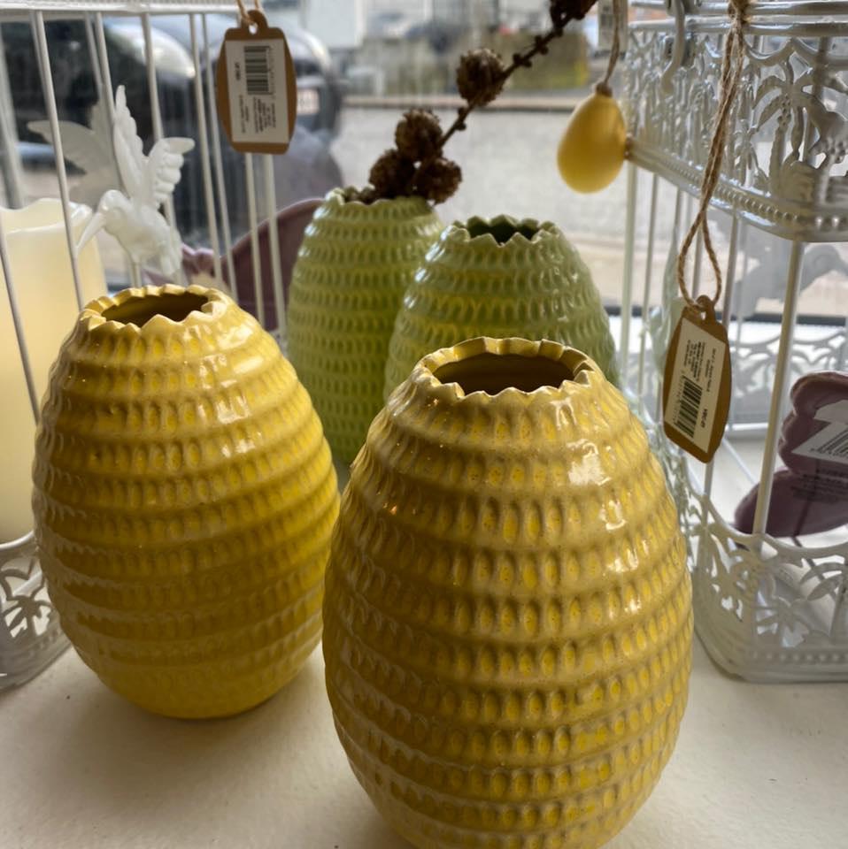 Utica vase i keramik, gul