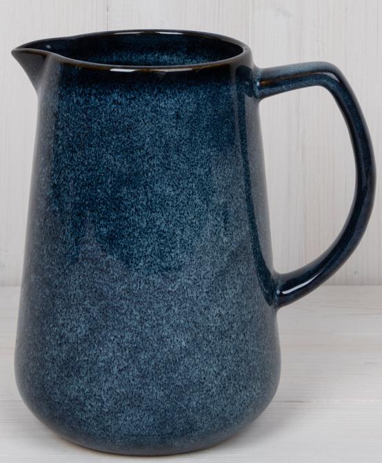 Kande i blå keramik