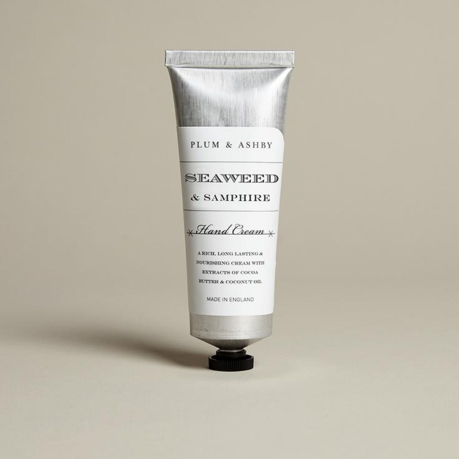 Plum & Ashby Seaweed & Samphire Hand Cream  75ml Material: A rich and long lasting hand cream with extracts of cocoa butter and coconut oil
